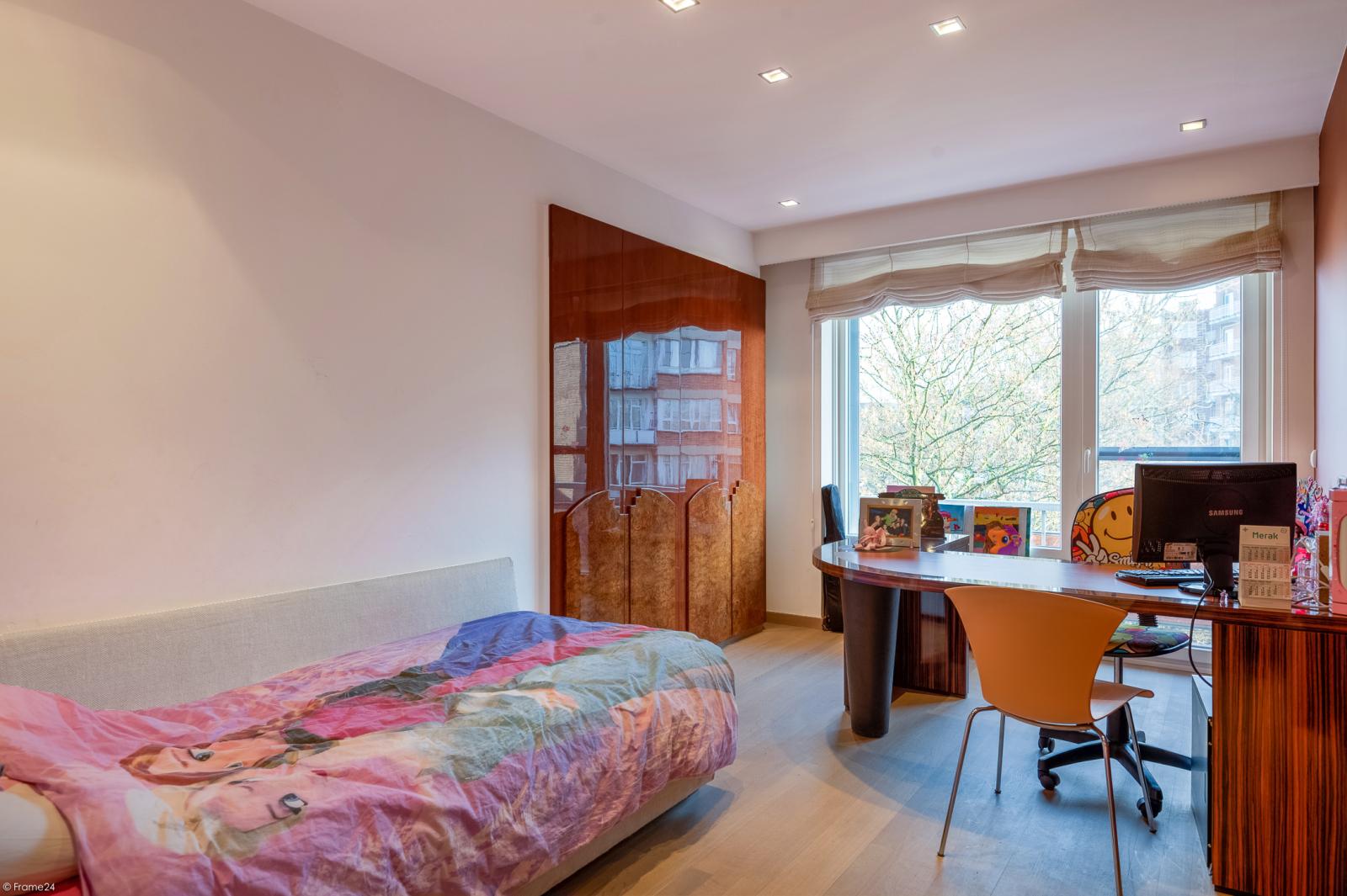 Riant luxueus appartement (ca. 280 m²) op unieke ligging nabij het Koning Albertpark te Antwerpen! afbeelding 14