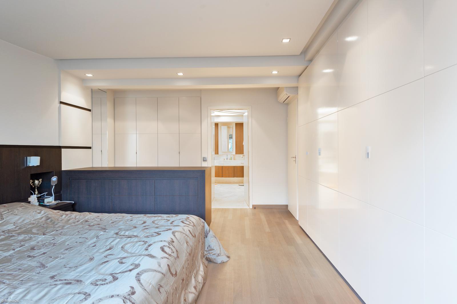 Riant luxueus appartement (ca. 280 m²) op unieke ligging nabij het Koning Albertpark te Antwerpen! afbeelding 12
