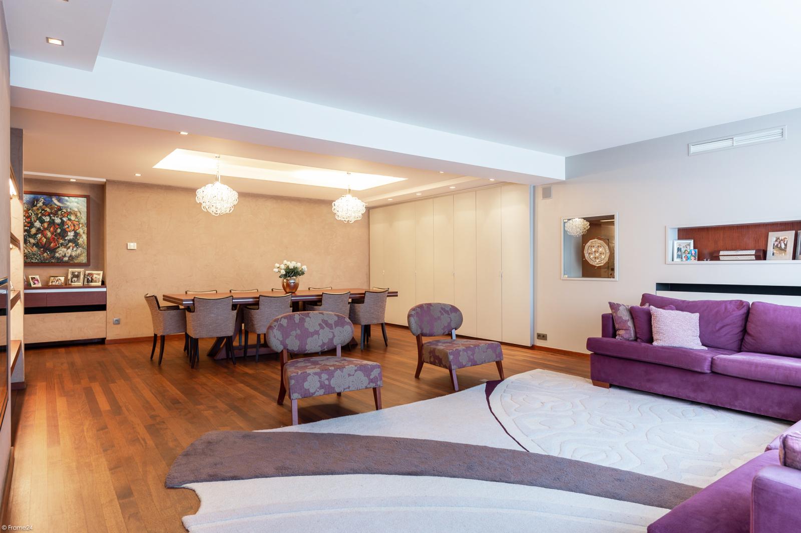 Riant luxueus appartement (ca. 280 m²) op unieke ligging nabij het Koning Albertpark te Antwerpen! afbeelding 3