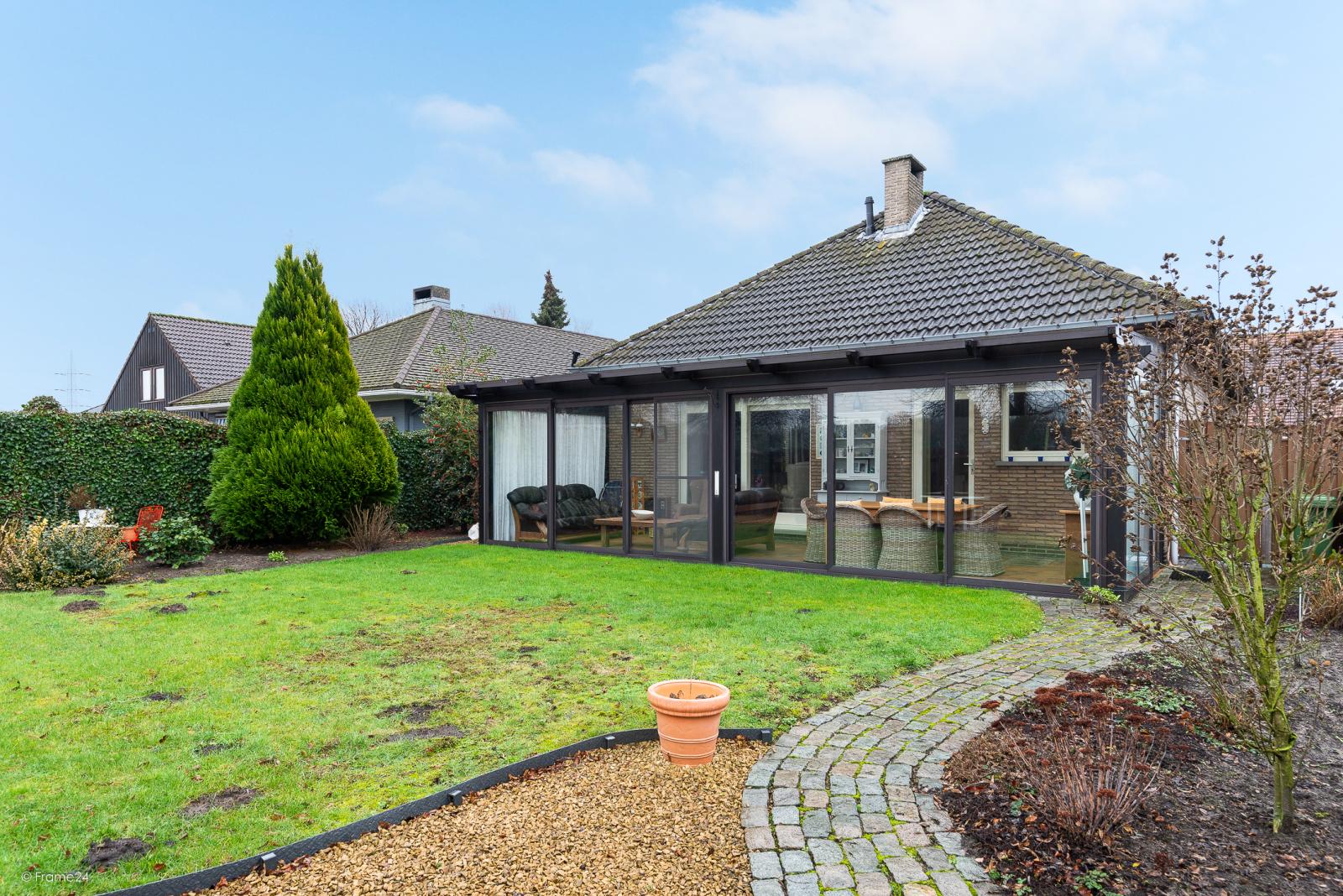 Zeer verzorgde vrijstaande laagbouwwoning met 3 slaapkamers op goede locatie te Wommelgem! afbeelding 22