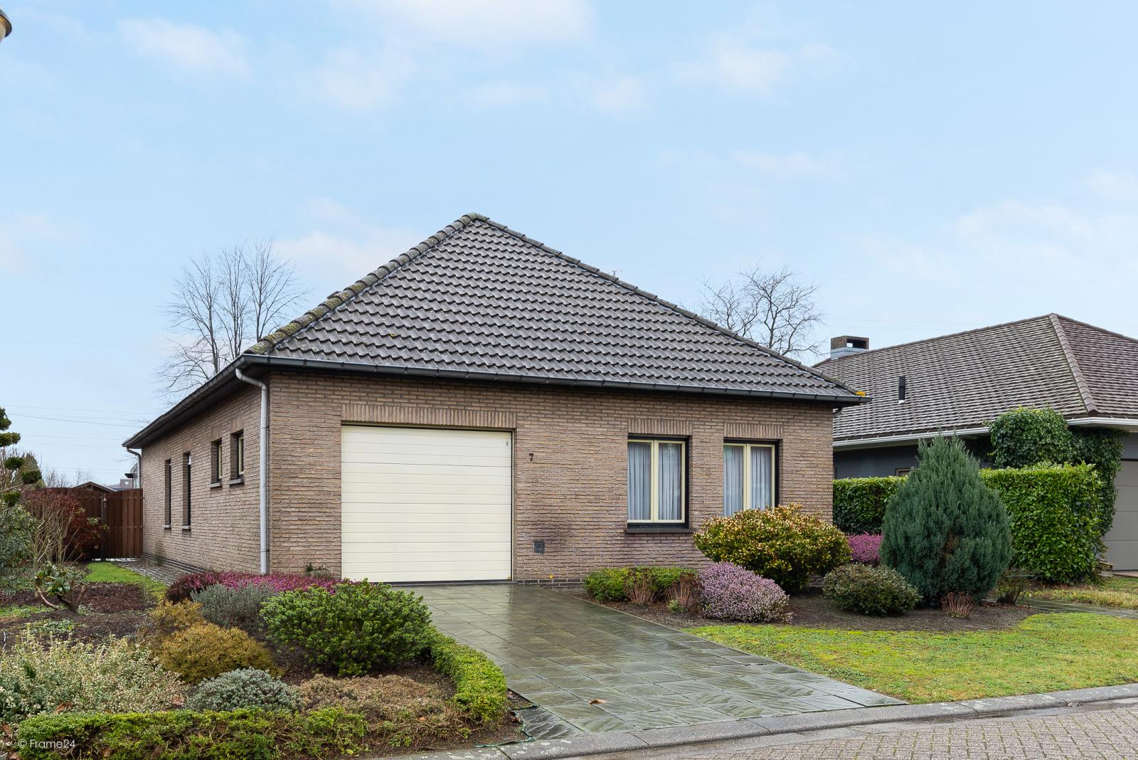 Zeer verzorgde vrijstaande laagbouwwoning met 3 slaapkamers op goede locatie te Wommelgem! afbeelding 24