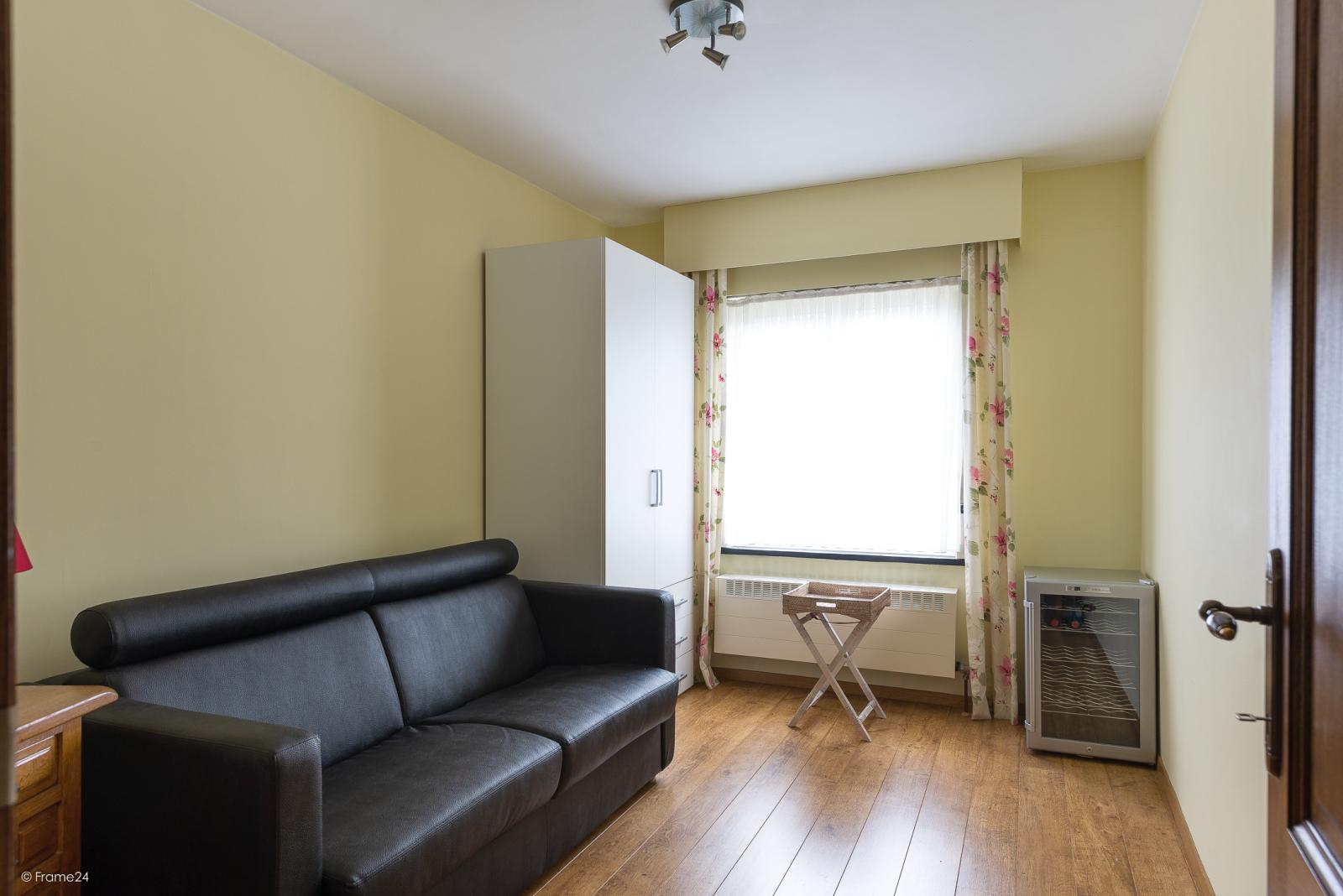 Zeer verzorgde vrijstaande laagbouwwoning met 3 slaapkamers op goede locatie te Wommelgem! afbeelding 12