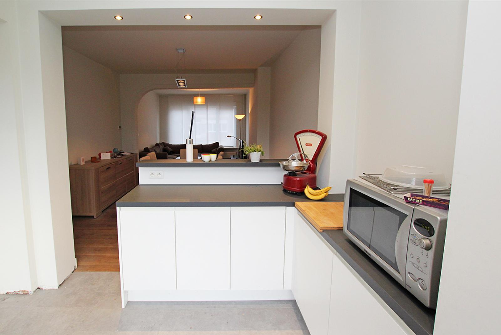 Ruime eengezinswoning met inpandige garage, 3 slaapkamers en tuin te Mortsel! afbeelding 6