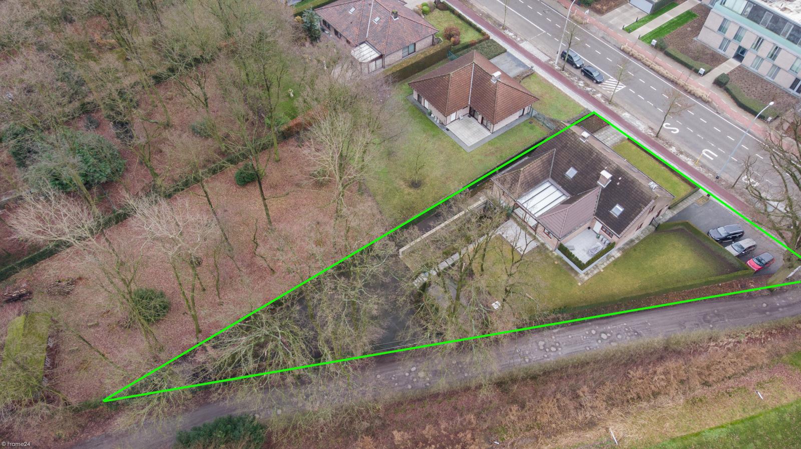 Uitzonderlijk eigendom te Wijnegem met enorme ondergrondse parking op een perceel van 1.417 m²! afbeelding 43