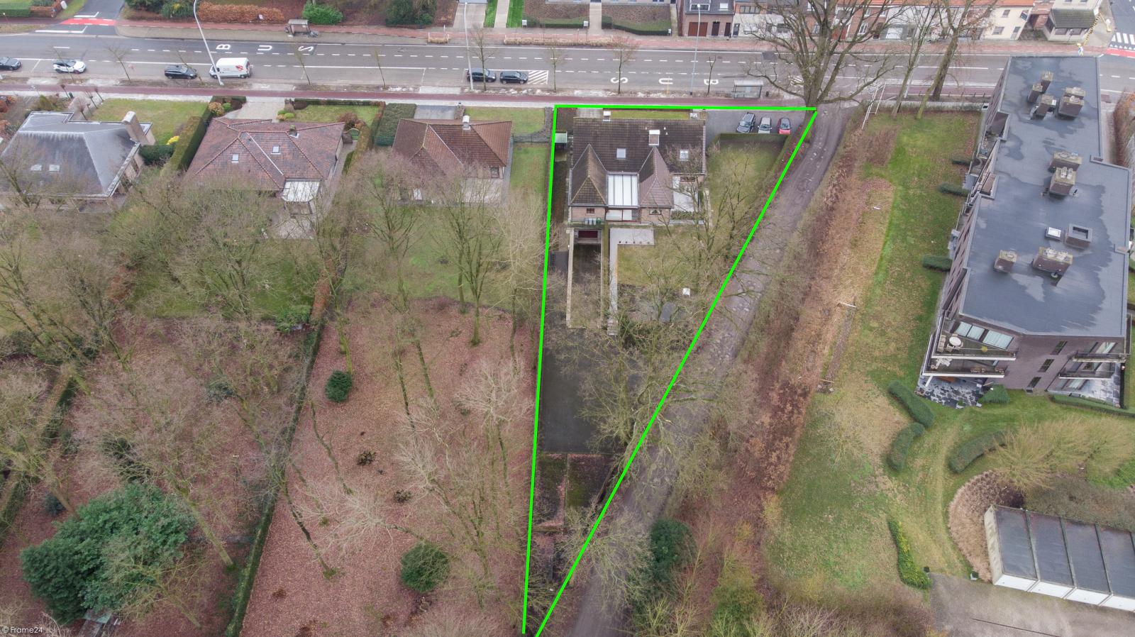 Uitzonderlijk eigendom te Wijnegem met enorme ondergrondse parking op een perceel van 1.417 m²! afbeelding 44