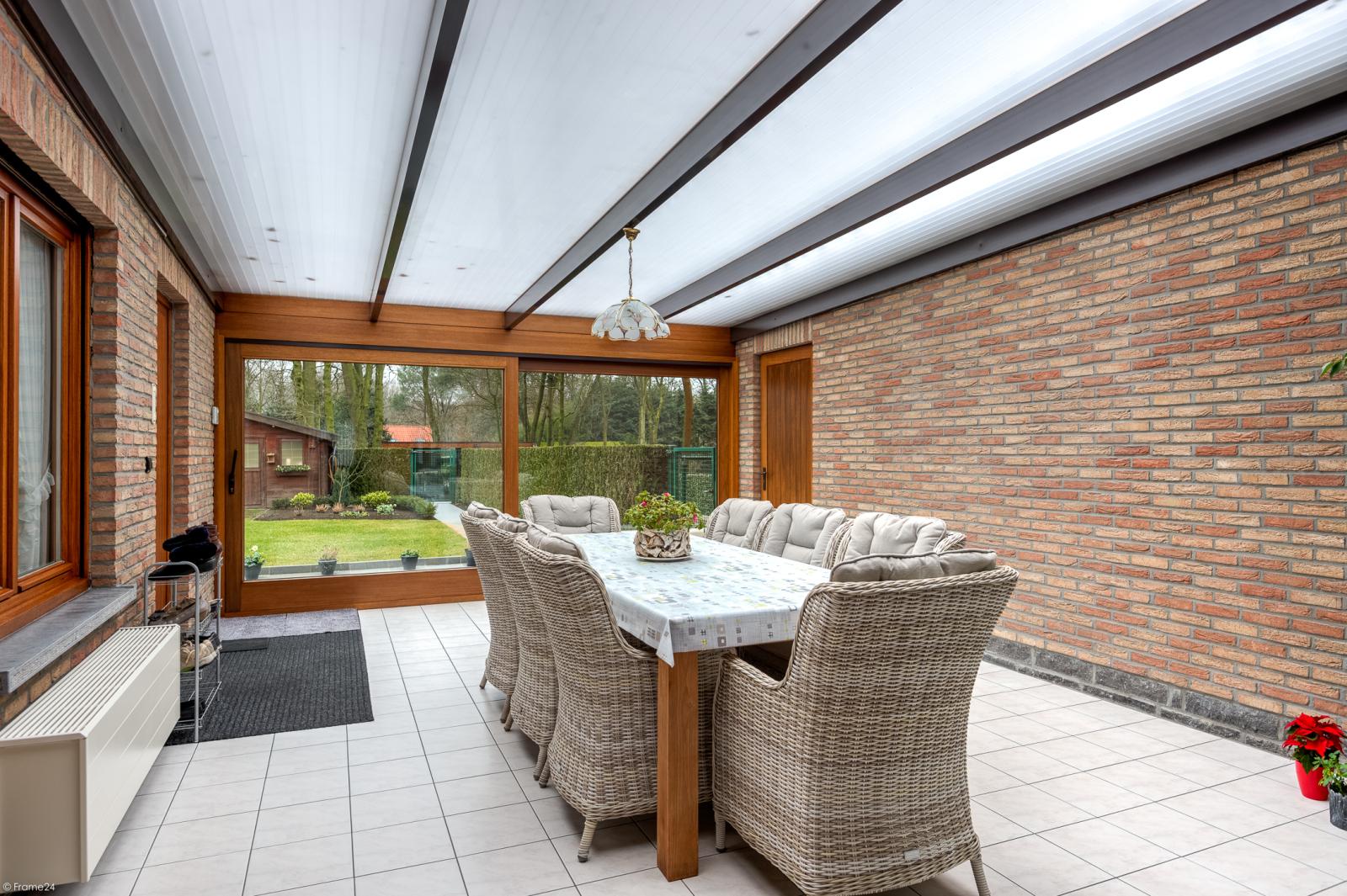 Uitzonderlijk eigendom te Wijnegem met enorme ondergrondse parking op een perceel van 1.417 m²! afbeelding 9