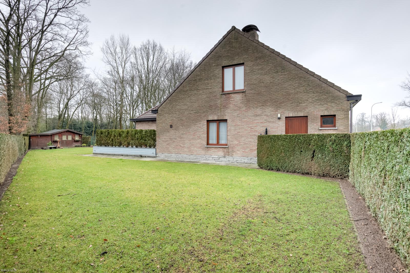Uitzonderlijk eigendom te Wijnegem met enorme ondergrondse parking op een perceel van 1.417 m²! afbeelding 41