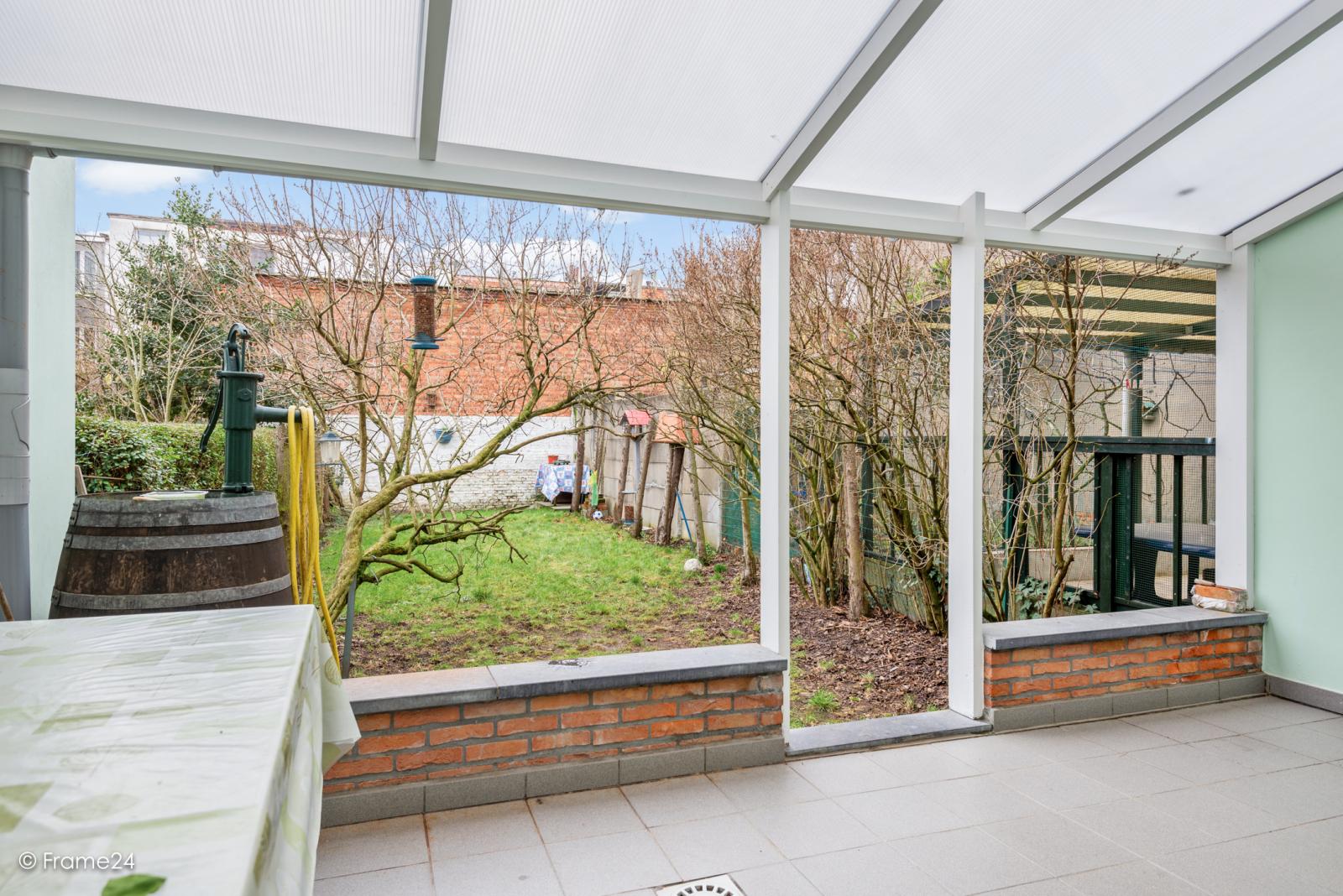 Verzorgde eengezinswoning met 4 slaapkamers op centrale locatie te Deurne! afbeelding 2