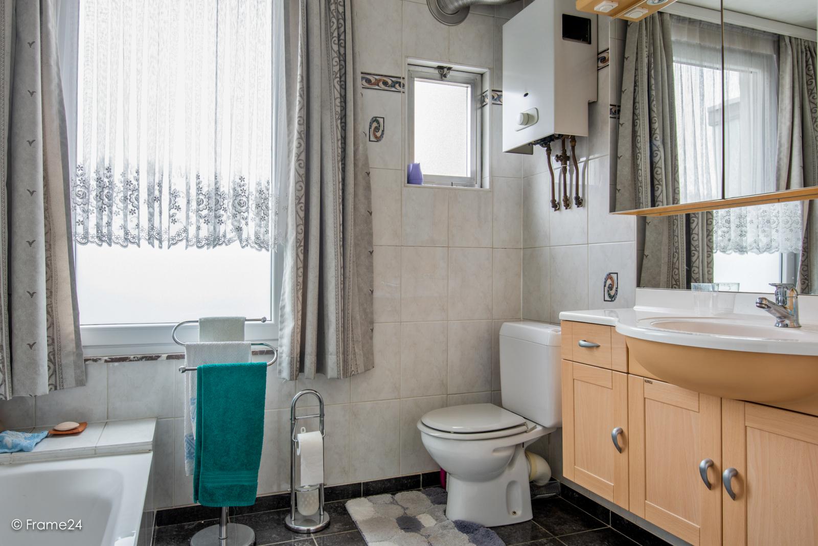 Verzorgde eengezinswoning met 4 slaapkamers op centrale locatie te Deurne! afbeelding 13