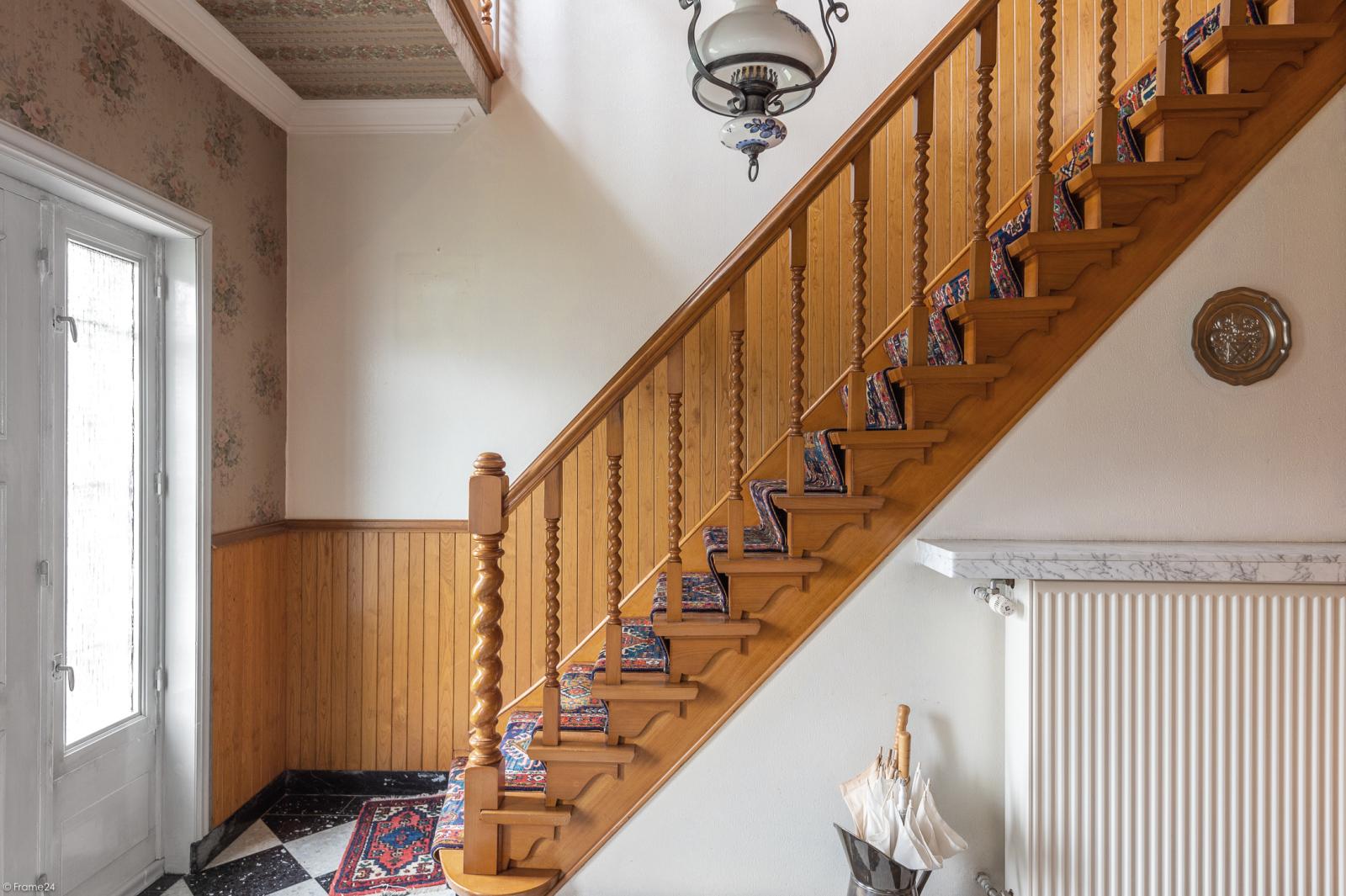 Te renoveren vrijstaande woning op toplocatie te Wijnegem! afbeelding 12