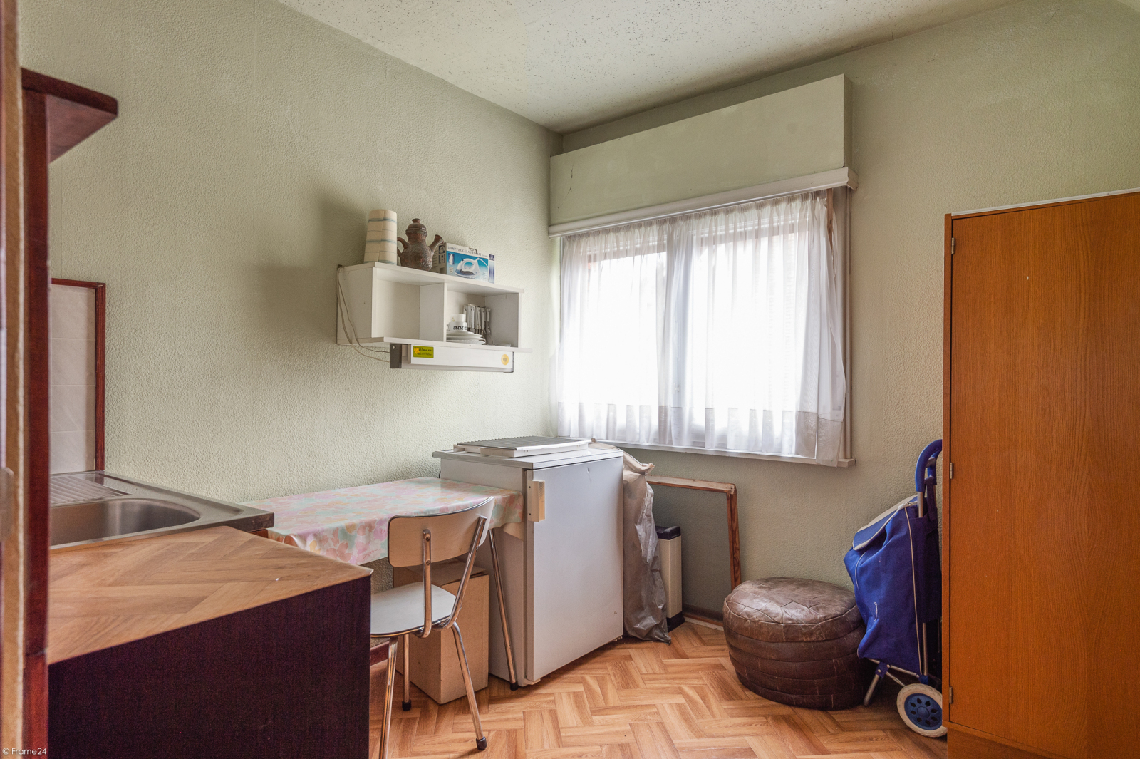 Te renoveren vrijstaande woning op toplocatie te Wijnegem! afbeelding 18