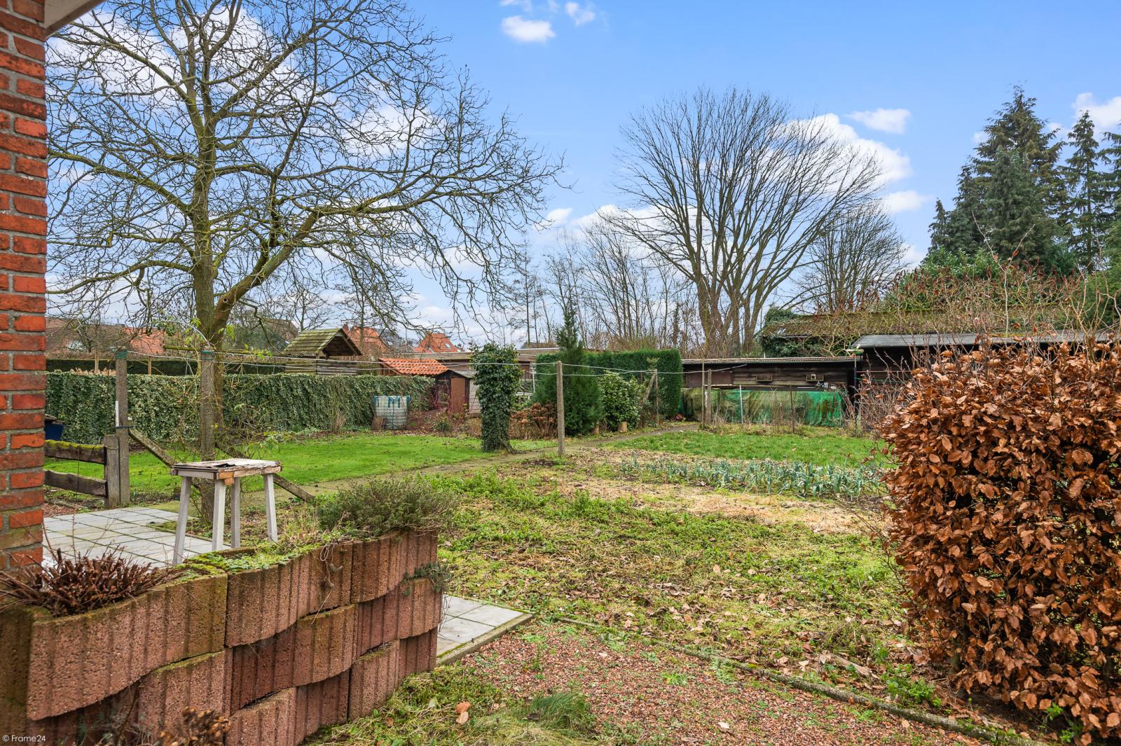 Te renoveren vrijstaande woning op toplocatie te Wijnegem! afbeelding 21