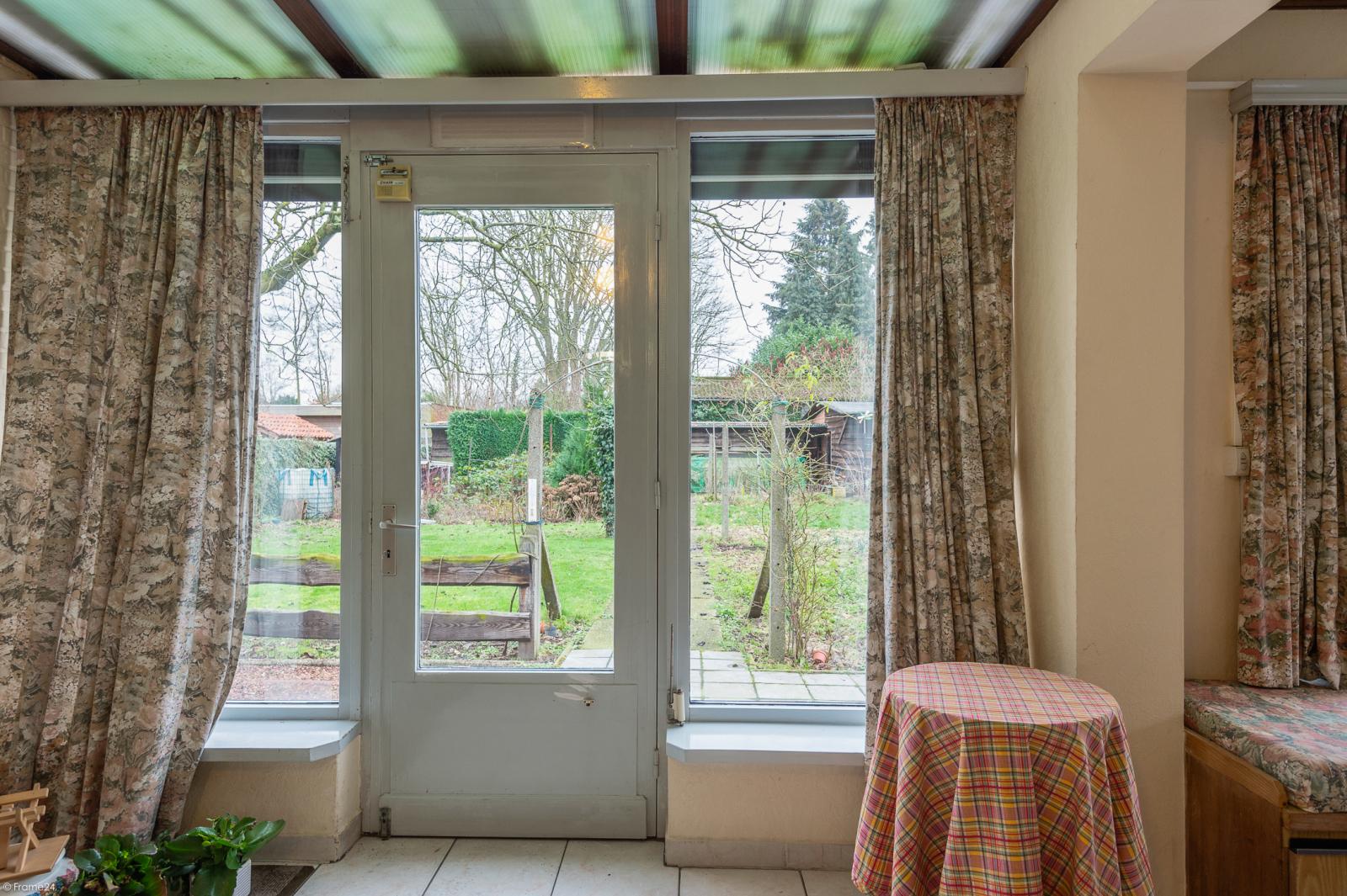 Te renoveren vrijstaande woning op toplocatie te Wijnegem! afbeelding 7