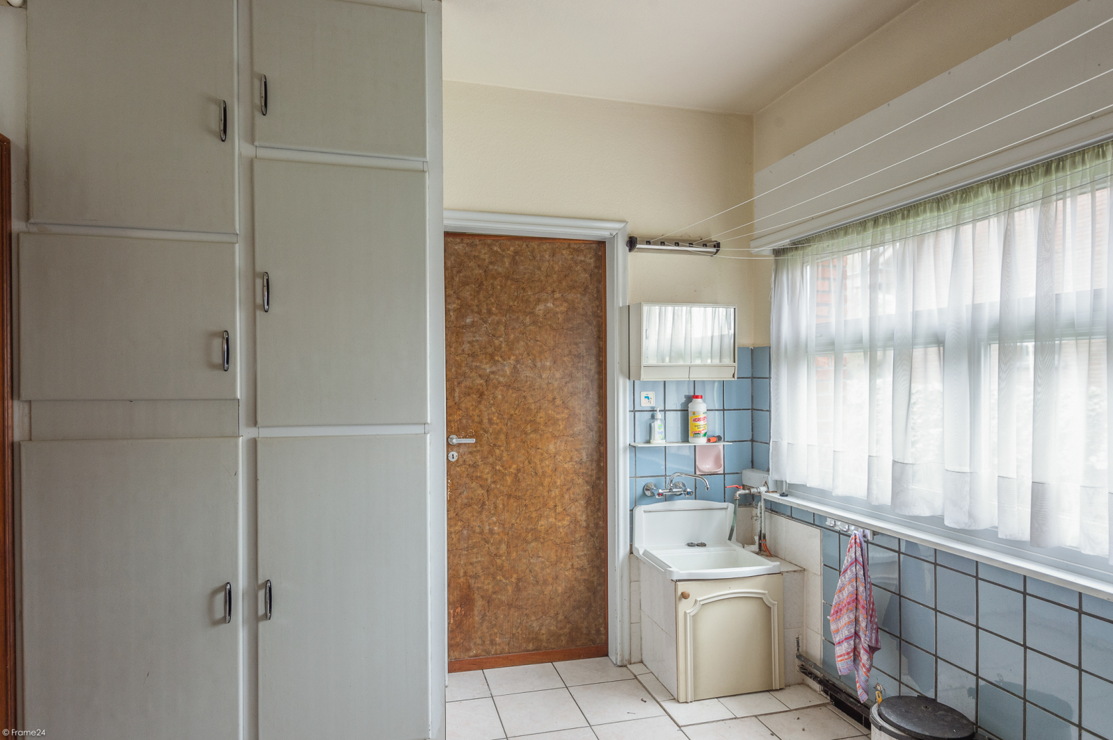Te renoveren vrijstaande woning op toplocatie te Wijnegem! afbeelding 10