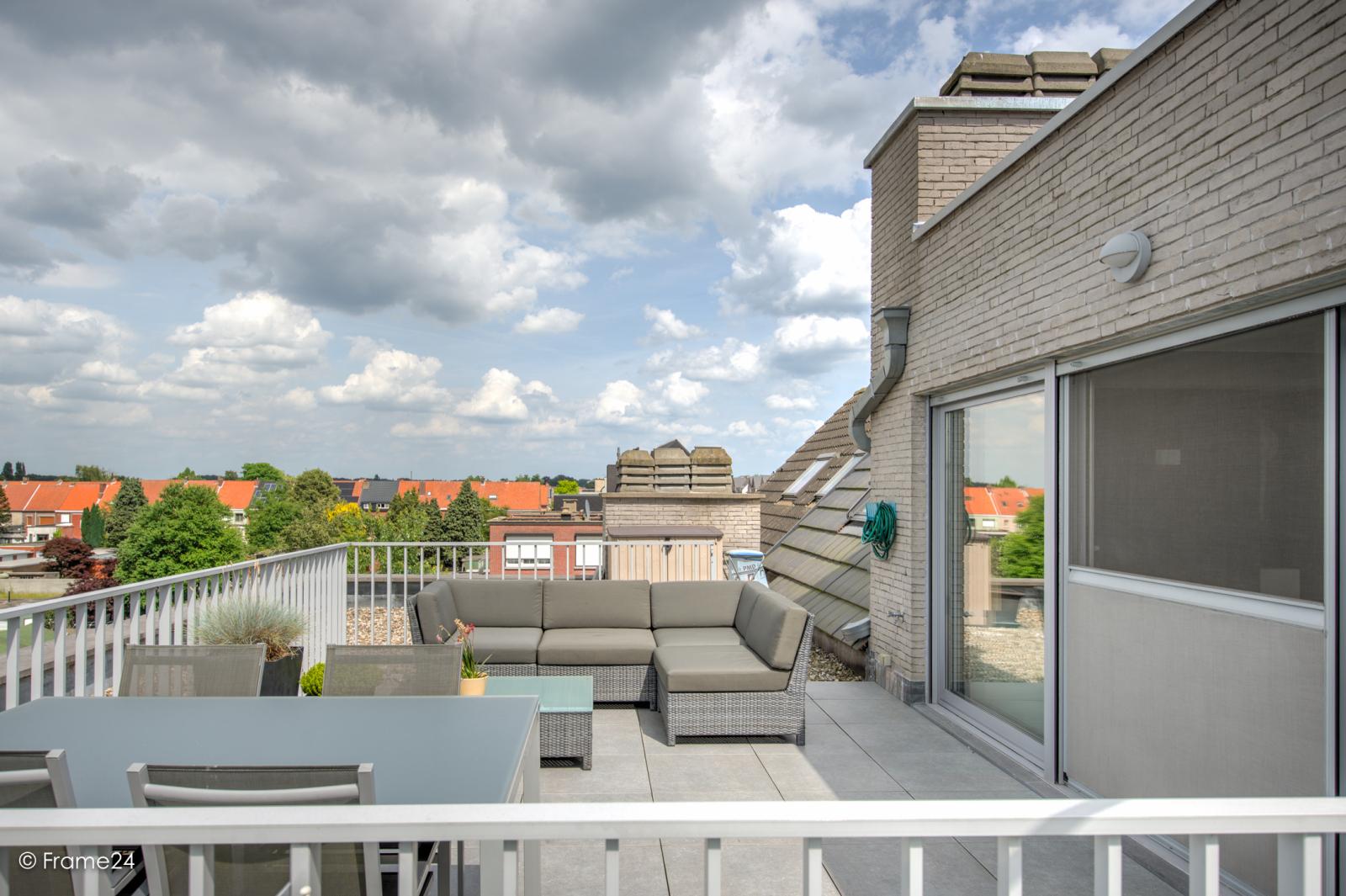 Prachtig appartement met groot dakterras (22 m²) te Wijnegem! afbeelding 19