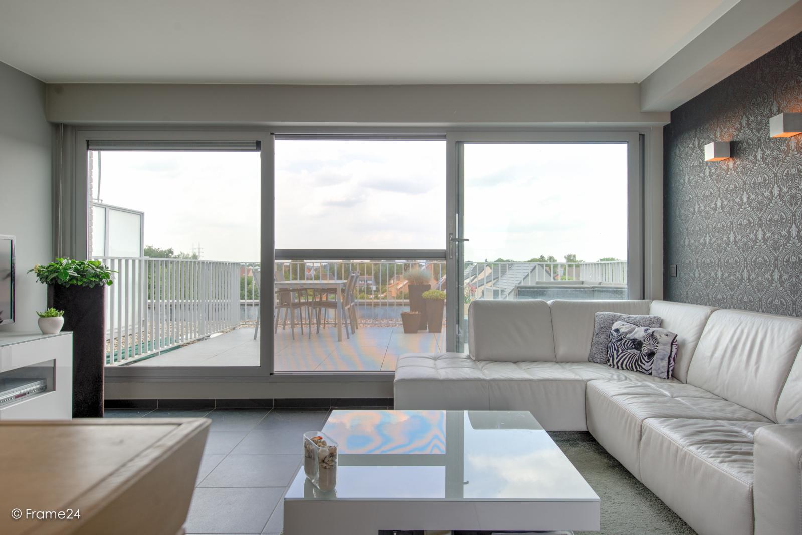 Prachtig appartement met groot dakterras (22 m²) te Wijnegem! afbeelding 11
