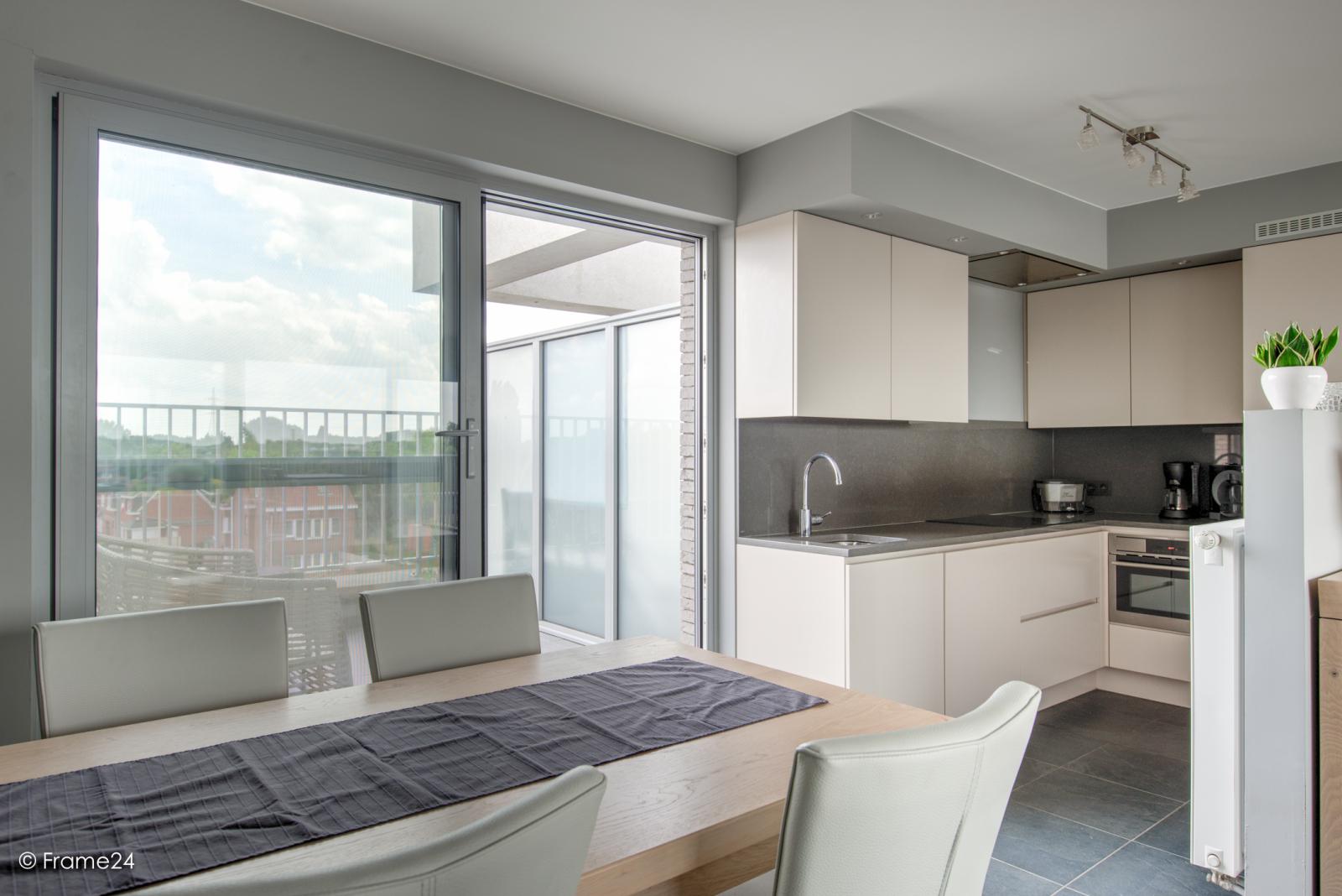 Prachtig appartement met groot dakterras (22 m²) te Wijnegem! afbeelding 8