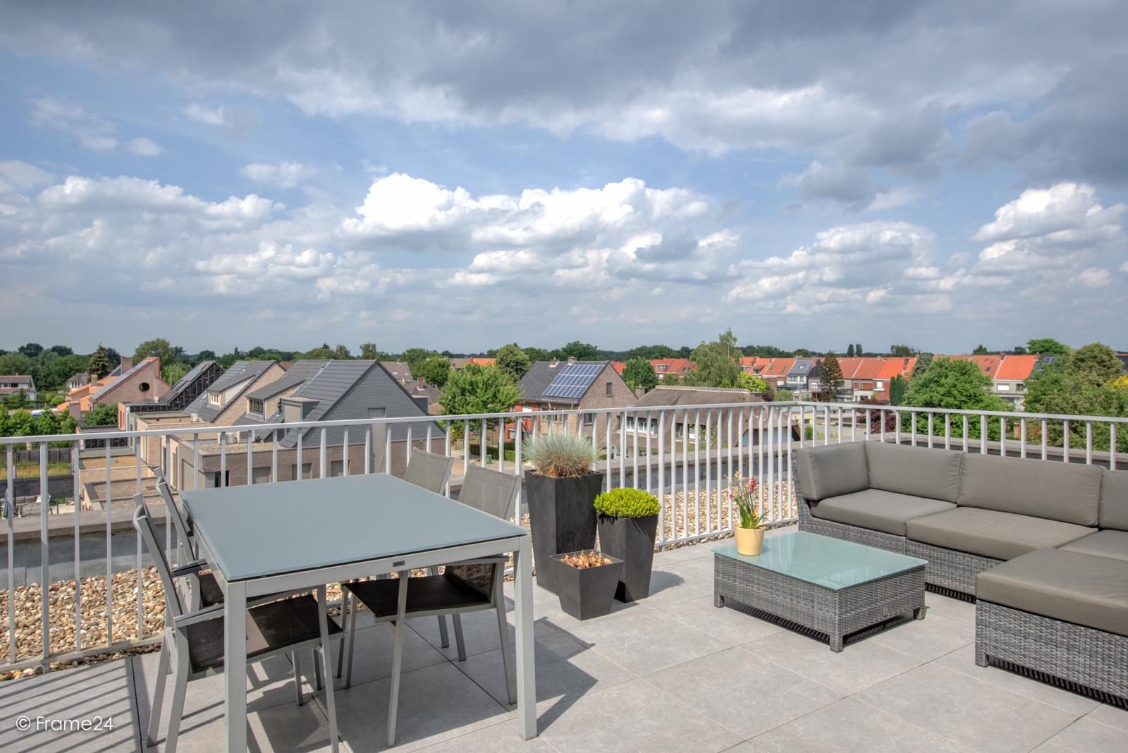 Prachtig appartement met groot dakterras (22 m²) te Wijnegem! afbeelding 5