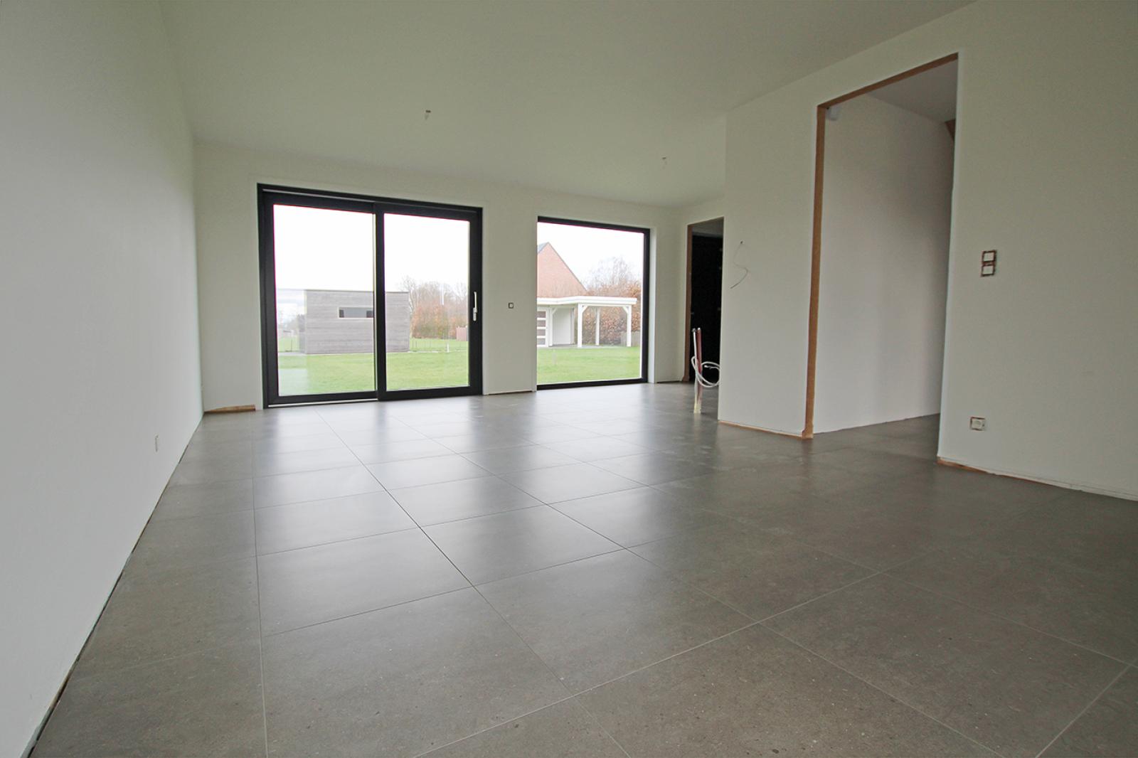Ruime en hedendaagse nieuwbouw BEN- woning met E-peil 18 te Zandhoven! afbeelding 3