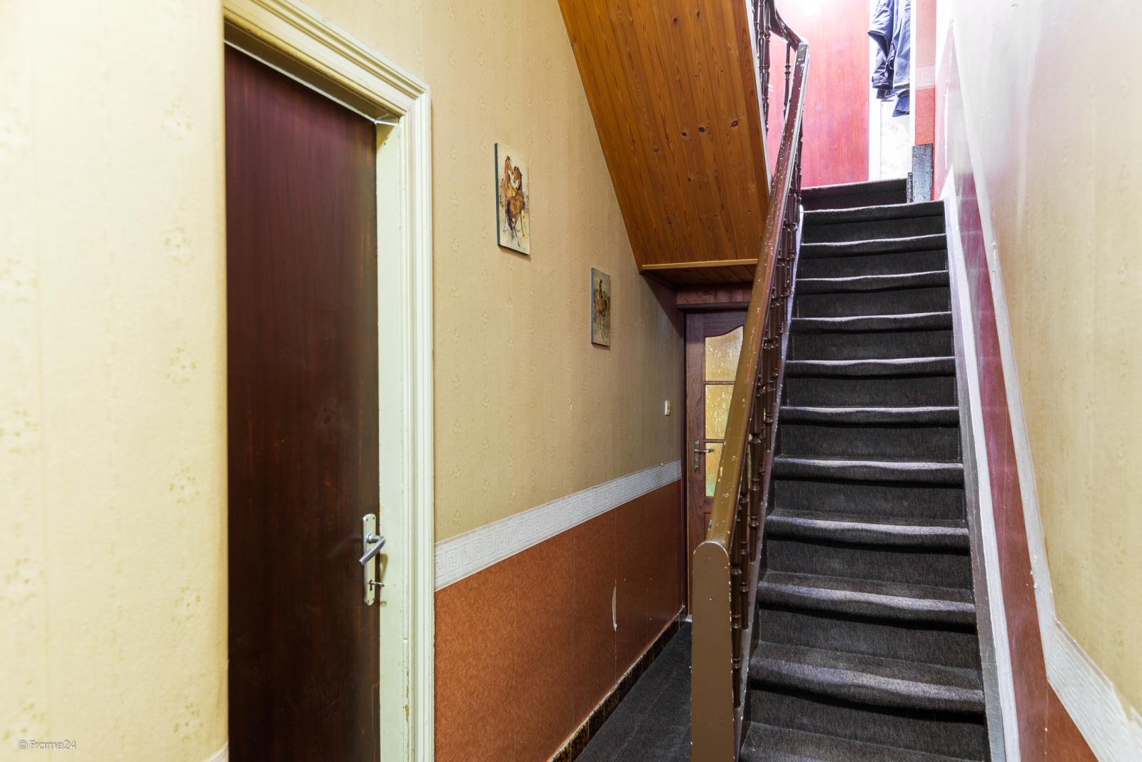 Te renoveren woning met garage en mogelijkheid tot stadstuin en 3 slaapkamers afbeelding 5