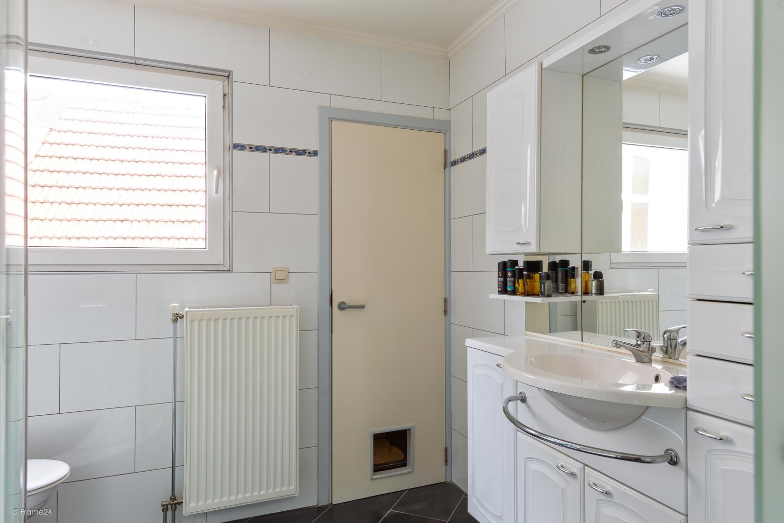 Te renoveren woning met garage en mogelijkheid tot stadstuin en 3 slaapkamers afbeelding 10