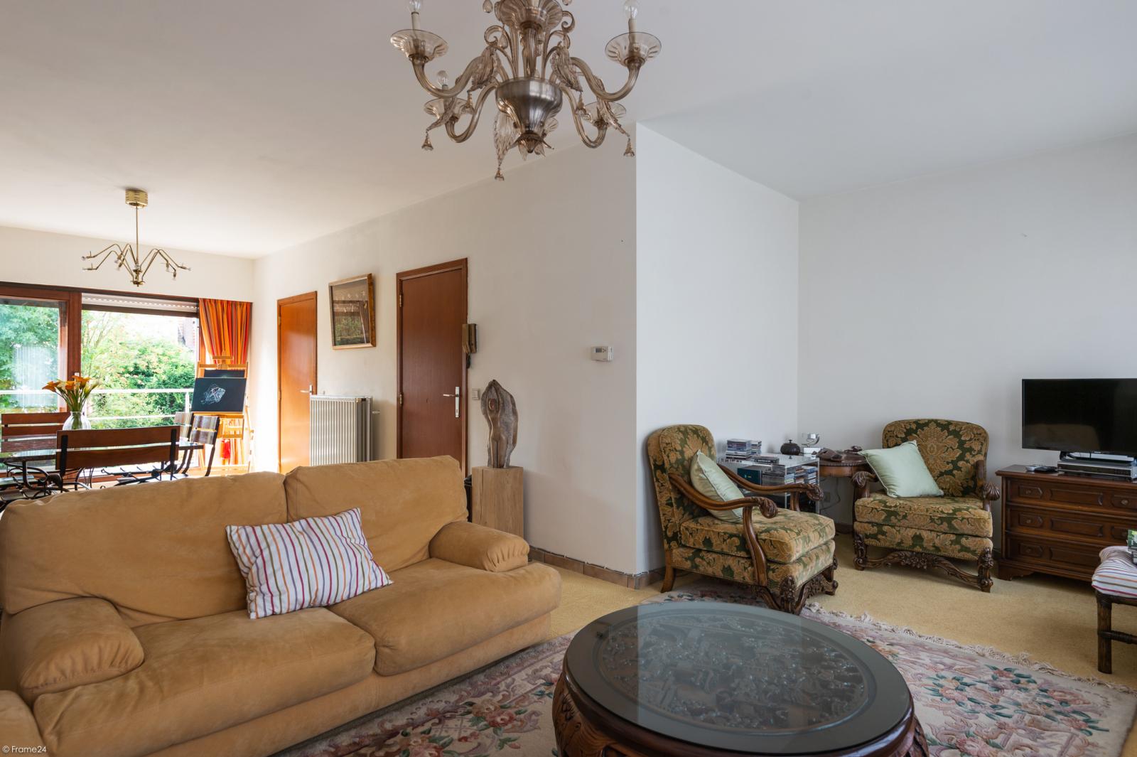 Zeer verzorgde bel-étage woning met drie slaapkamers te Aartselaar! afbeelding 9