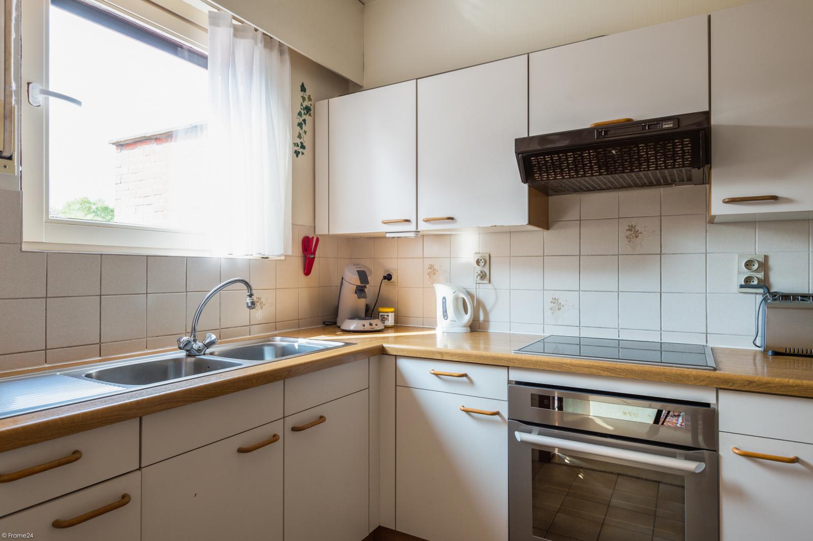 Zeer verzorgde bel-étage woning met drie slaapkamers te Aartselaar! afbeelding 10
