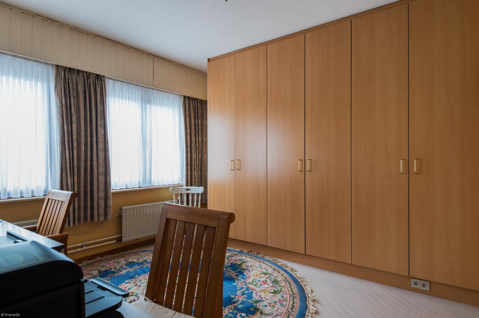 Zeer verzorgde bel-étage woning met drie slaapkamers te Aartselaar! afbeelding 13
