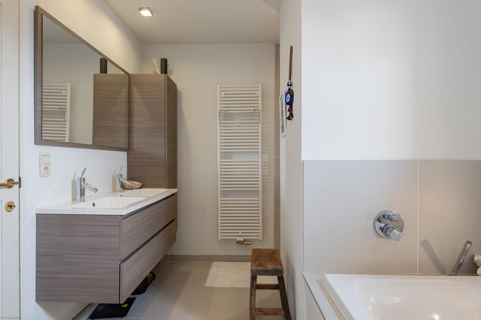 Villa in Long Island-stijl met praktijkruimte op een perceel van 1.351 m² te Brasschaat! afbeelding 14