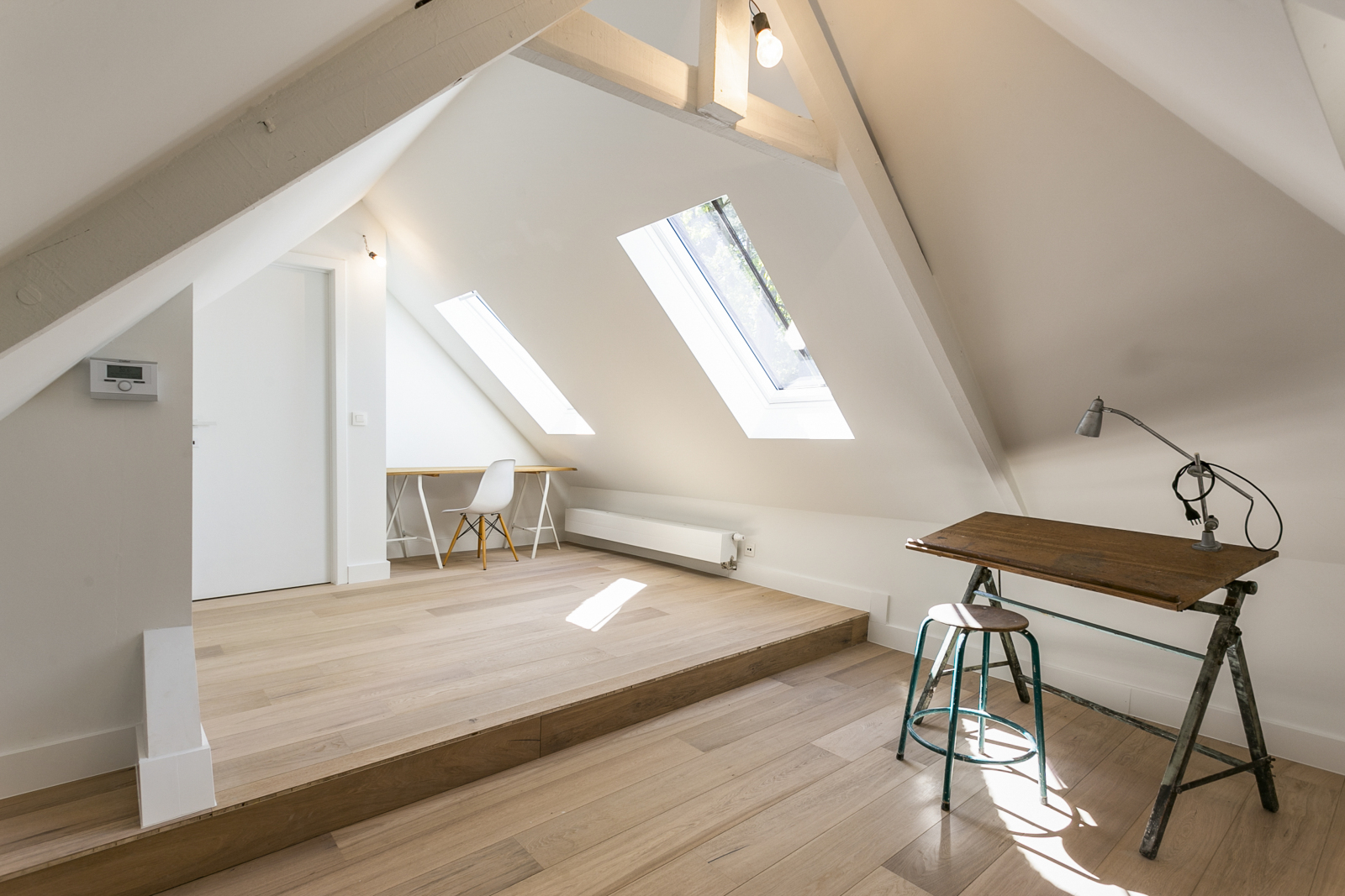 """In de prestigieuze wijk """"Schotenhof"""" treffen we deze oogverblindende villa met charmant rieten dak! afbeelding 19"""