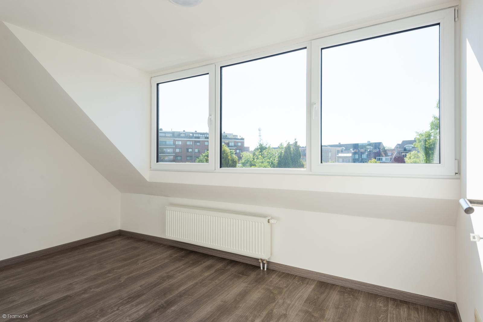 Instapklare woning met vier slaapkamers op centrale locatie te Schoten! afbeelding 17