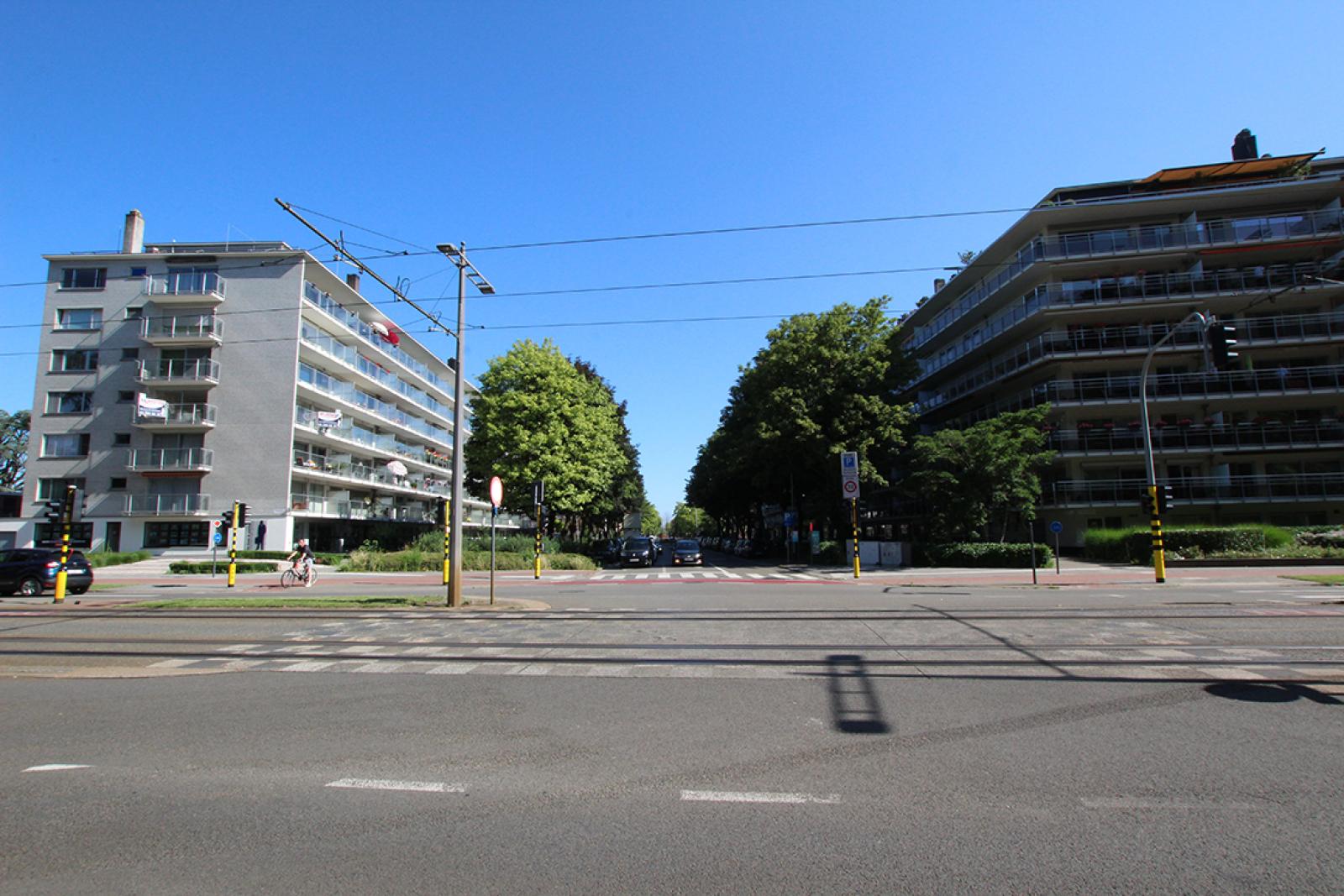 Ruim dakappartement (120m²) met 2 terrassen nabij het park Ter Rivierenhof! afbeelding 2