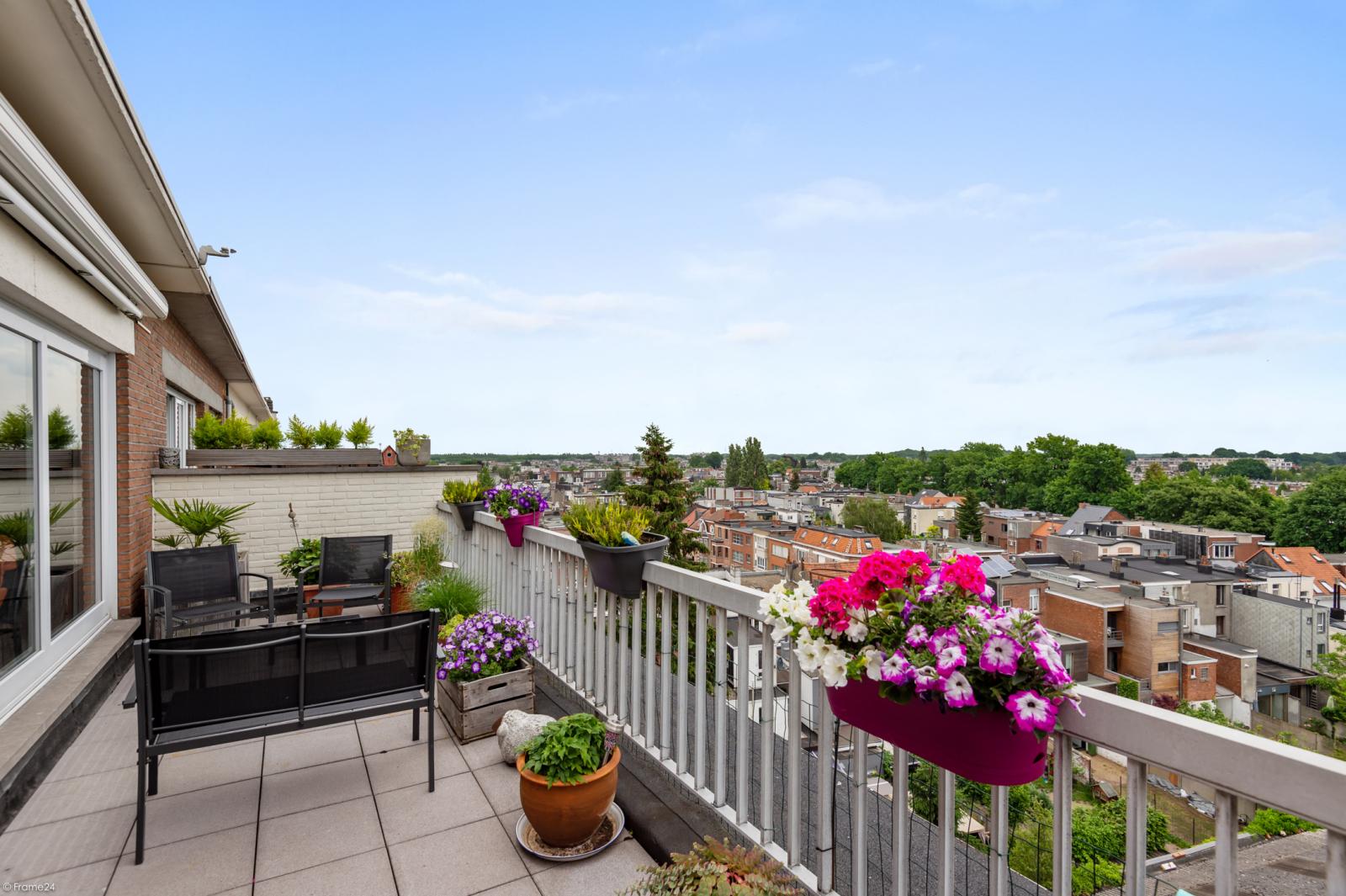 Ruim dakappartement (120m²) met 2 terrassen nabij het park Ter Rivierenhof! afbeelding 22