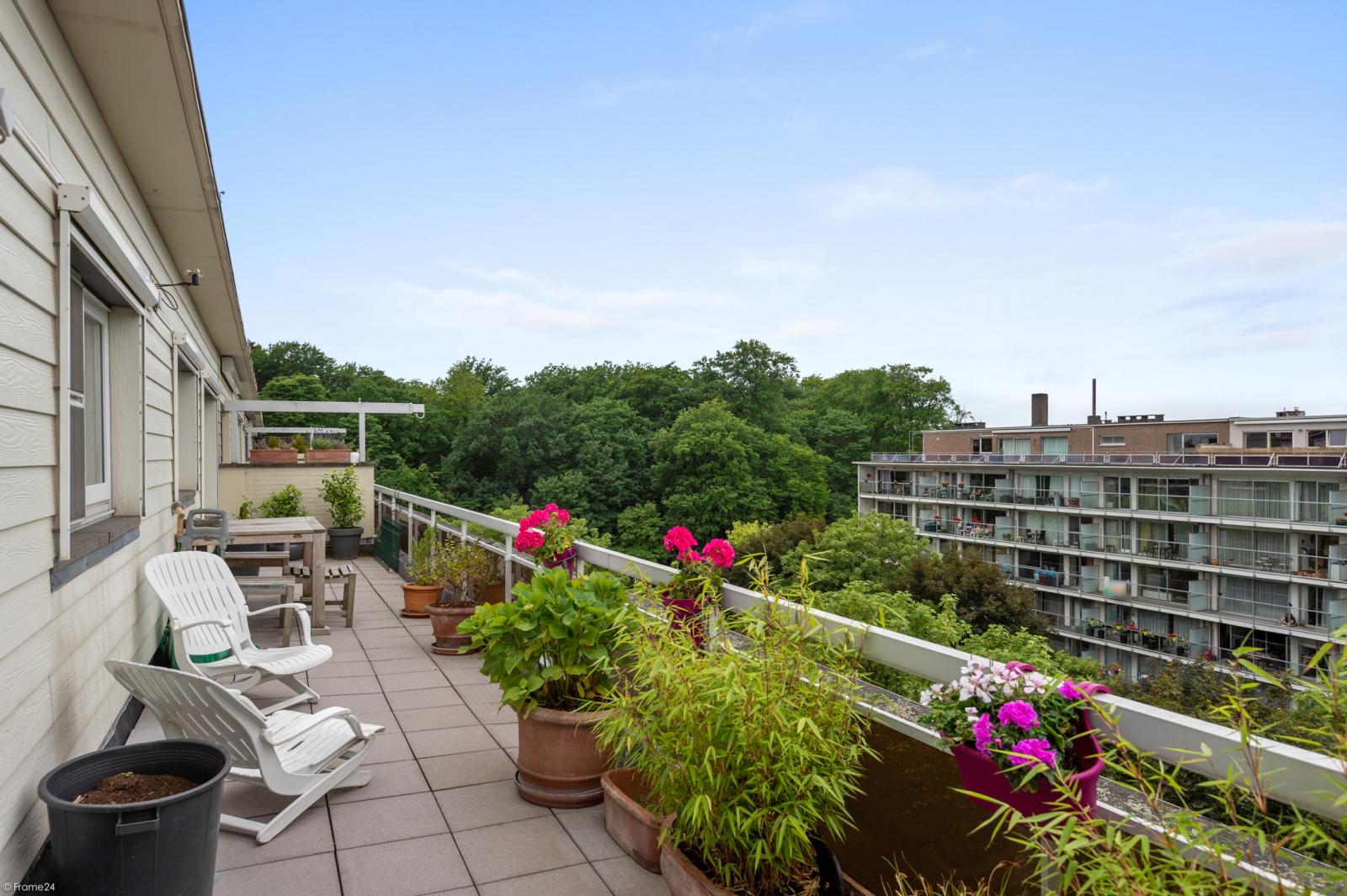 Ruim dakappartement (120m²) met 2 terrassen nabij het park Ter Rivierenhof! afbeelding 8