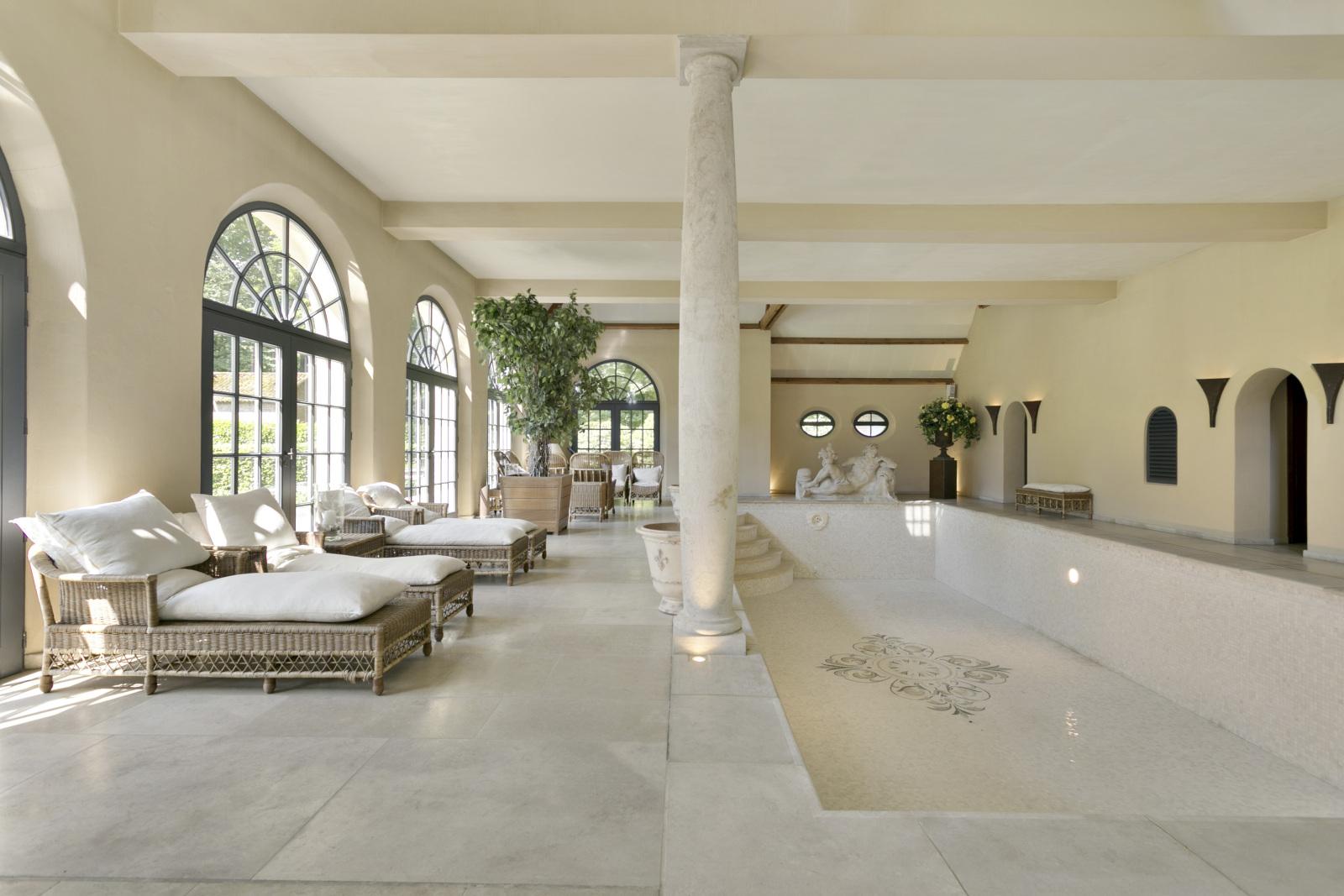 Prachtig domein met riante villa en zwembad op toplocatie te Schoten! afbeelding 39