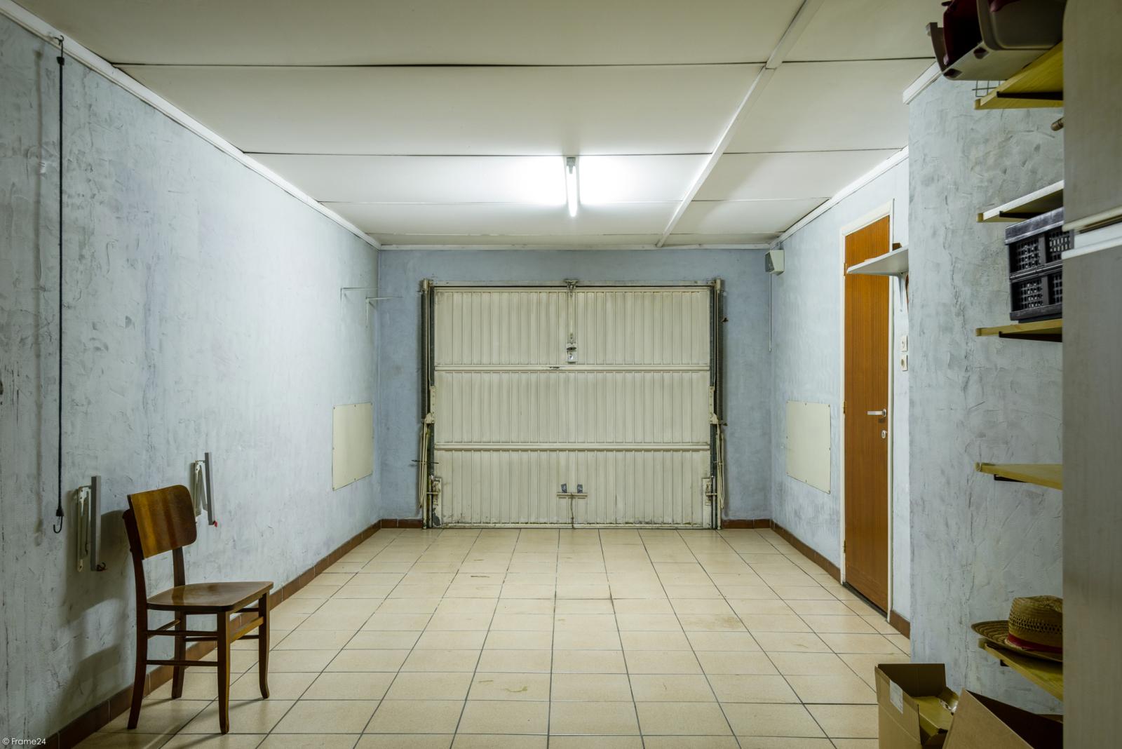 Woning met ruime garage en atelier te Deurne! afbeelding 15