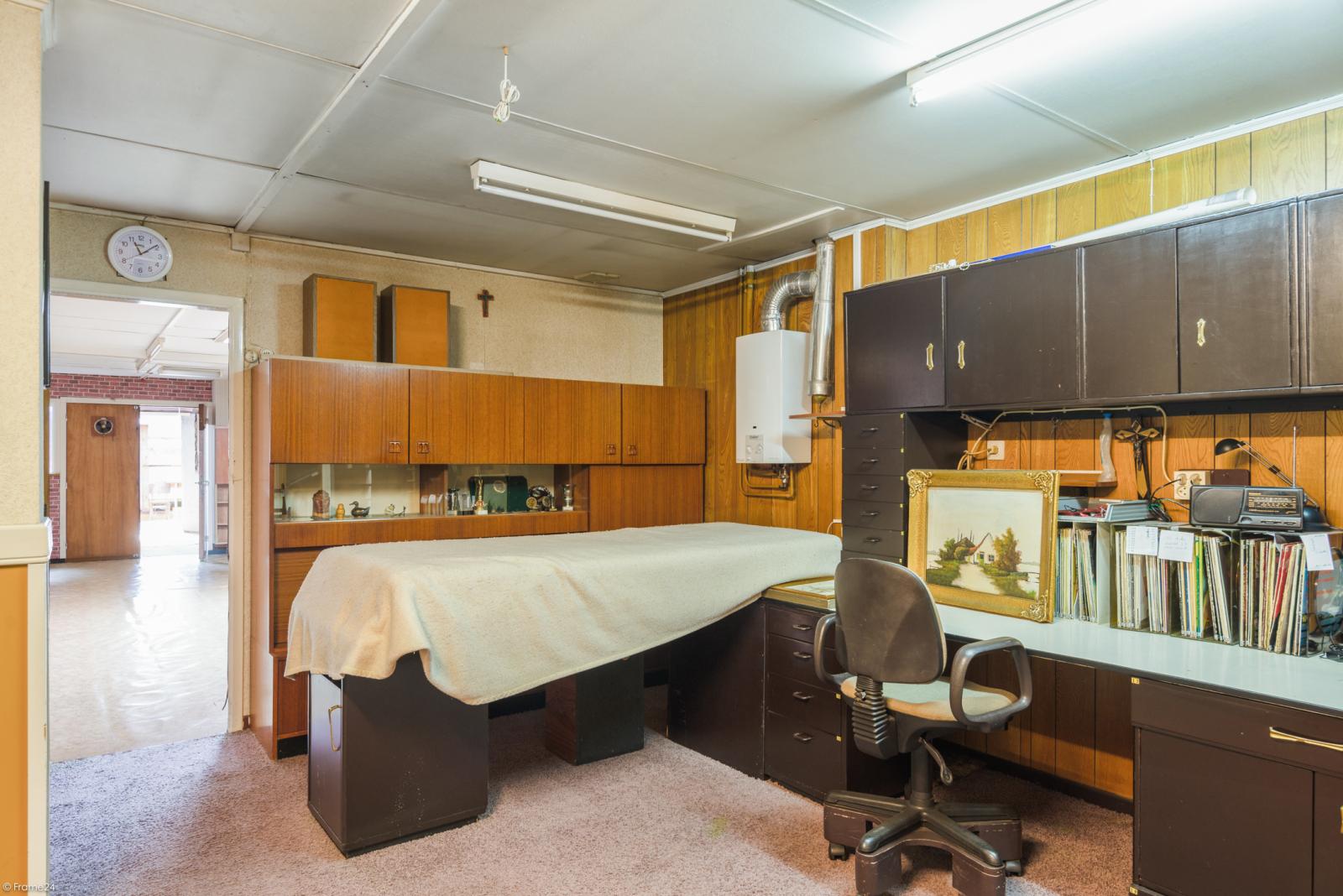 Woning met ruime garage en atelier te Deurne! afbeelding 14