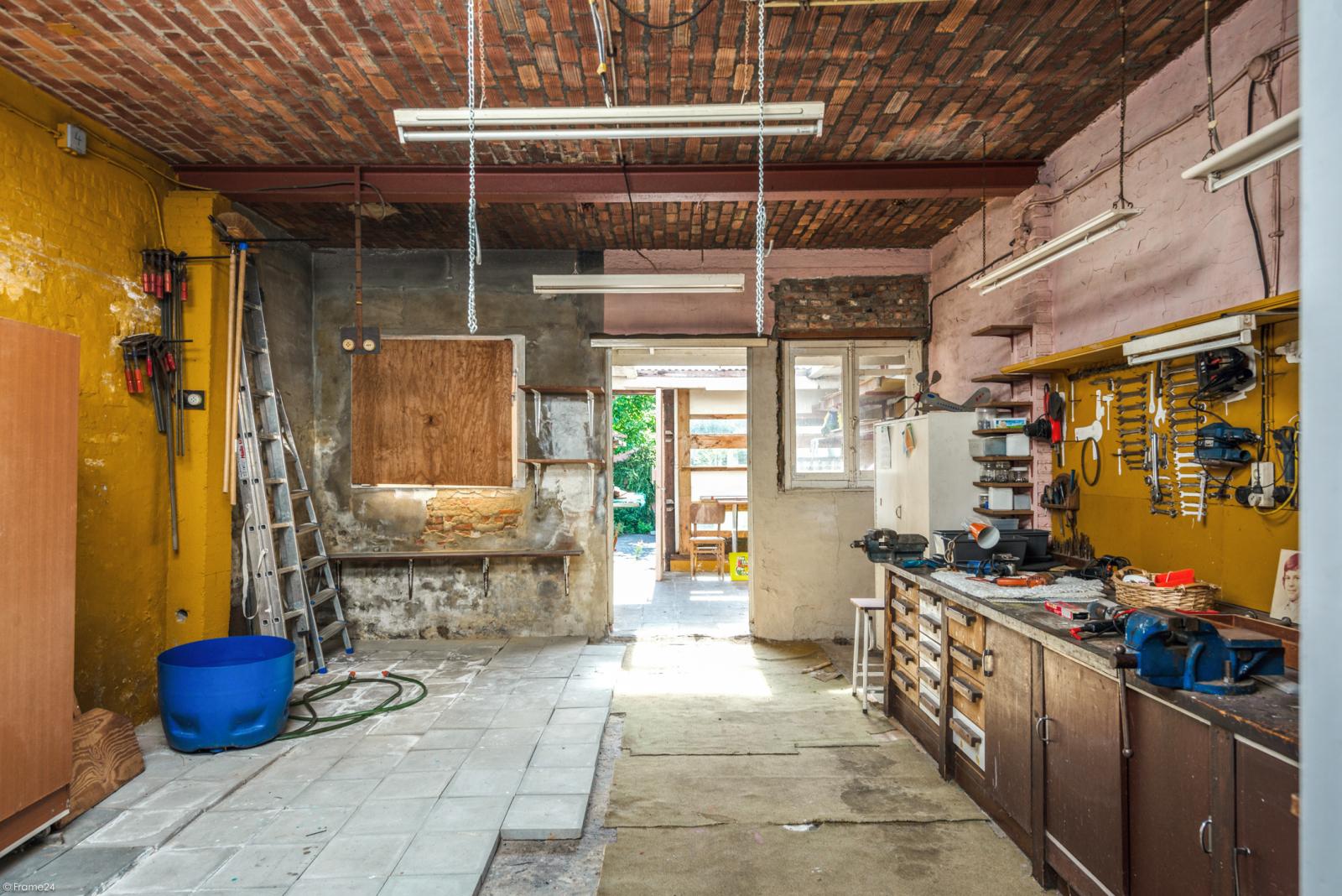Woning met ruime garage en atelier te Deurne! afbeelding 18