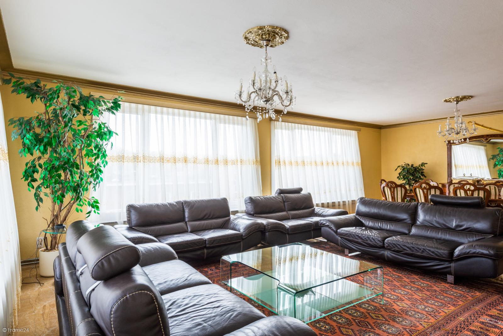 Riant hoekappartement (+/- 123 m²) met drie slaapkamers te Deurne! afbeelding 2