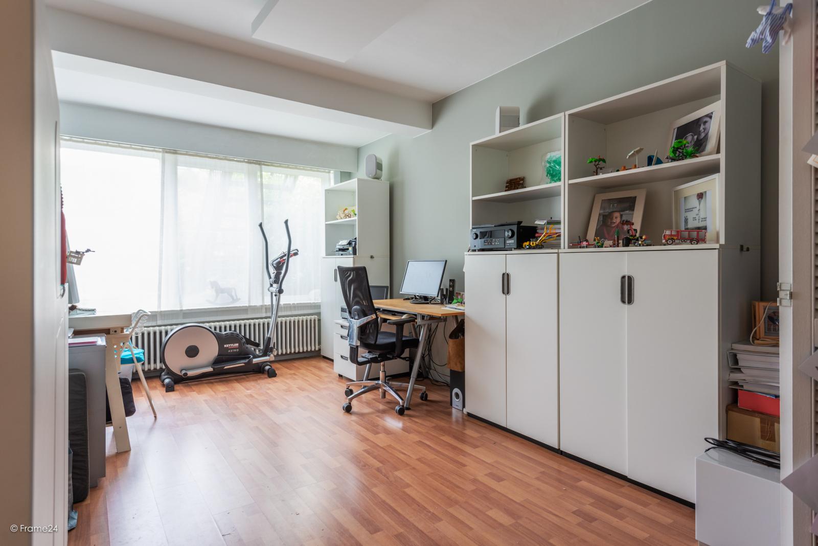 Zeer ruime en volledig instapklare bel-étagewoning met 4 slaapkamers te Wilrijk! afbeelding 13