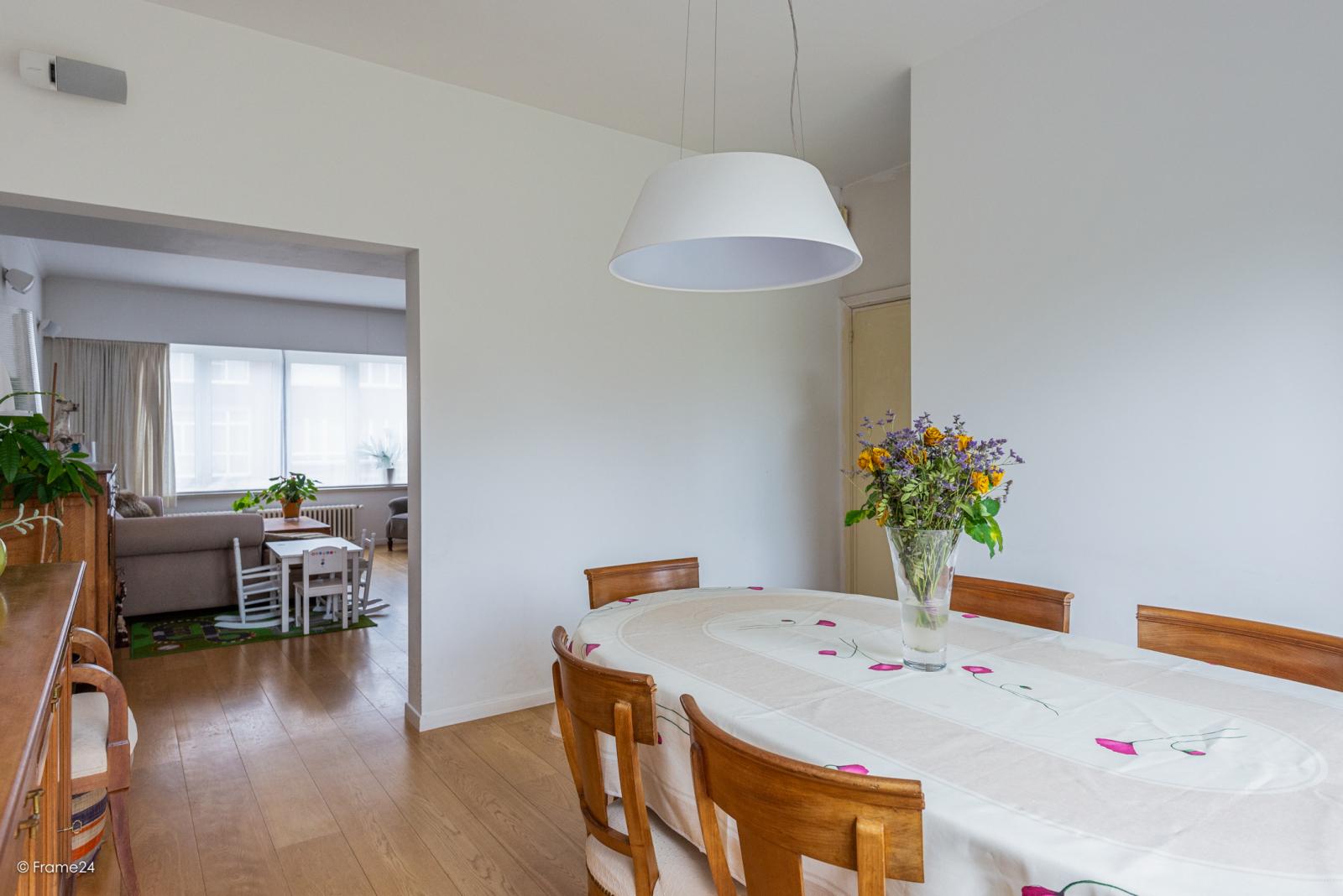 Zeer ruime en volledig instapklare bel-étagewoning met 4 slaapkamers te Wilrijk! afbeelding 8