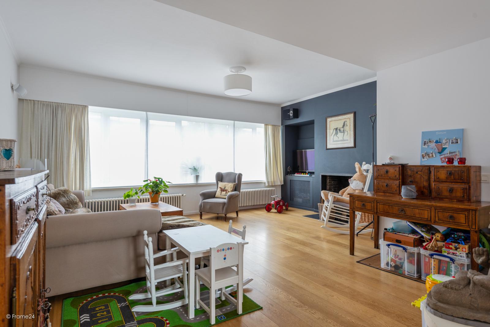 Zeer ruime en volledig instapklare bel-étagewoning met 4 slaapkamers te Wilrijk! afbeelding 3