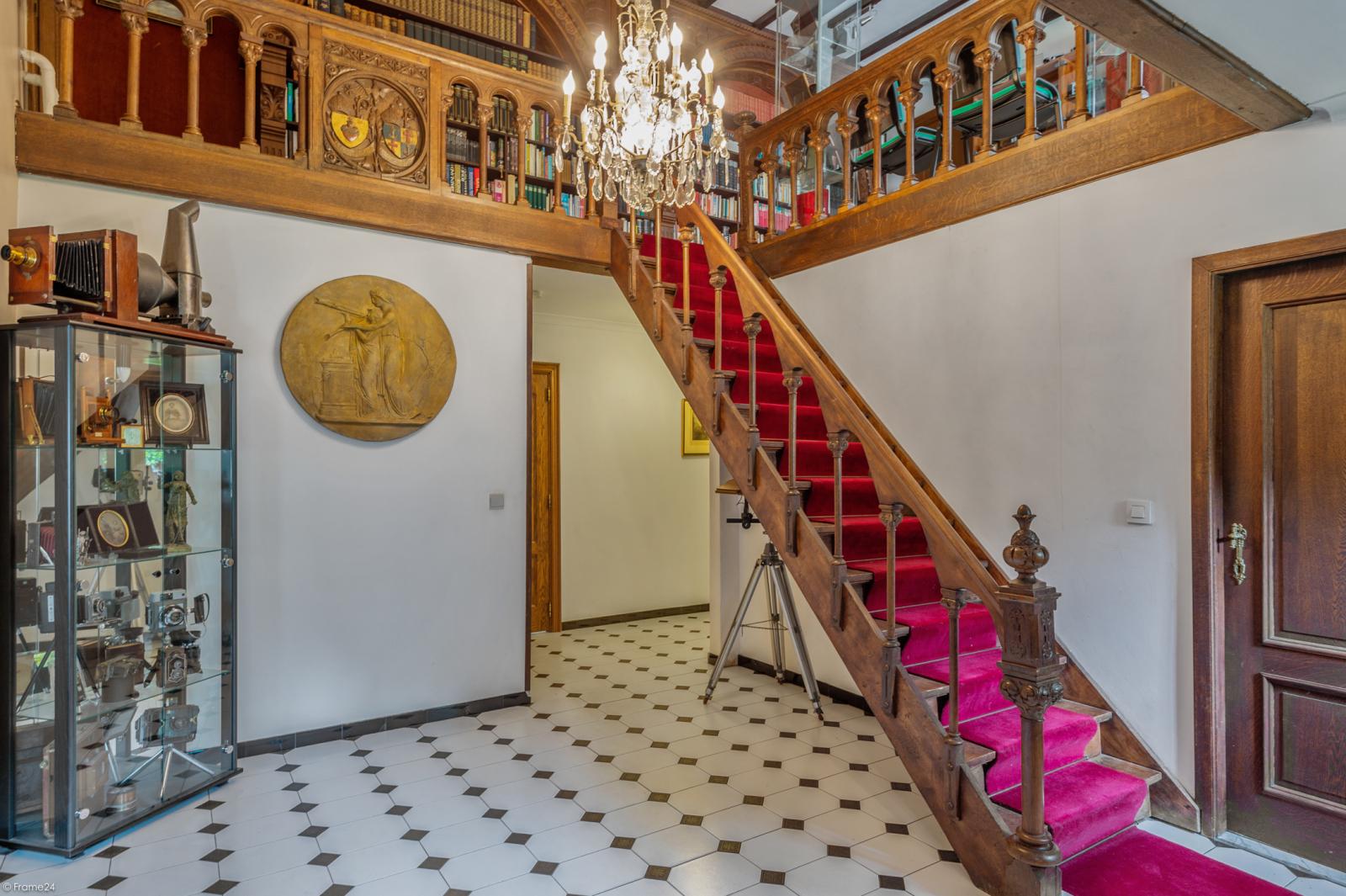 Authentieke en riante villa met 7 slaapkamers en zwembad op een perceel van 3.369 m² te Schilde! afbeelding 21