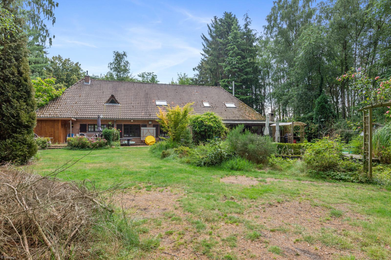 Authentieke en riante villa met 7 slaapkamers en zwembad op een perceel van 3.369 m² te Schilde! afbeelding 28
