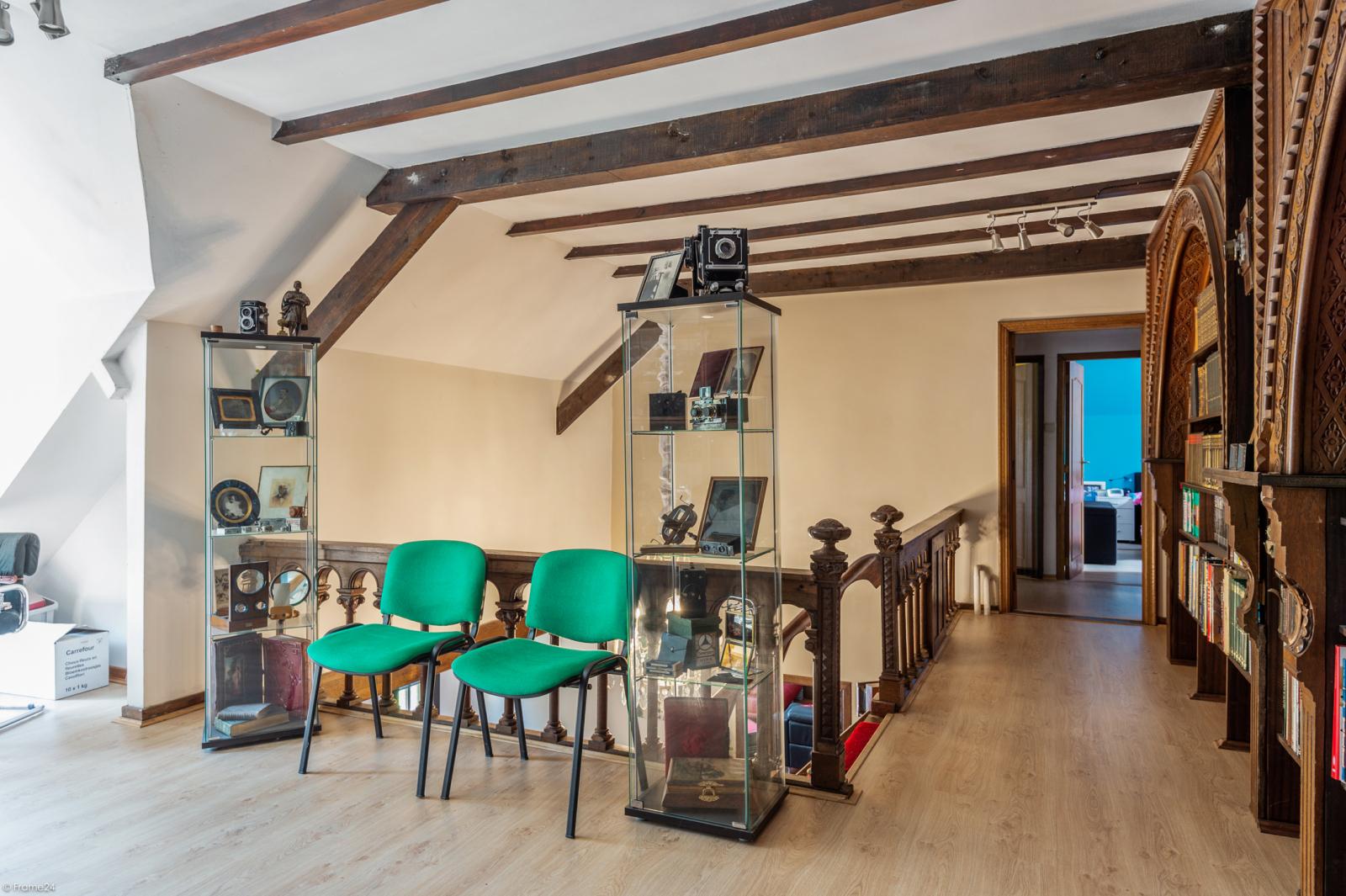 Authentieke en riante villa met 7 slaapkamers en zwembad op een perceel van 3.369 m² te Schilde! afbeelding 22