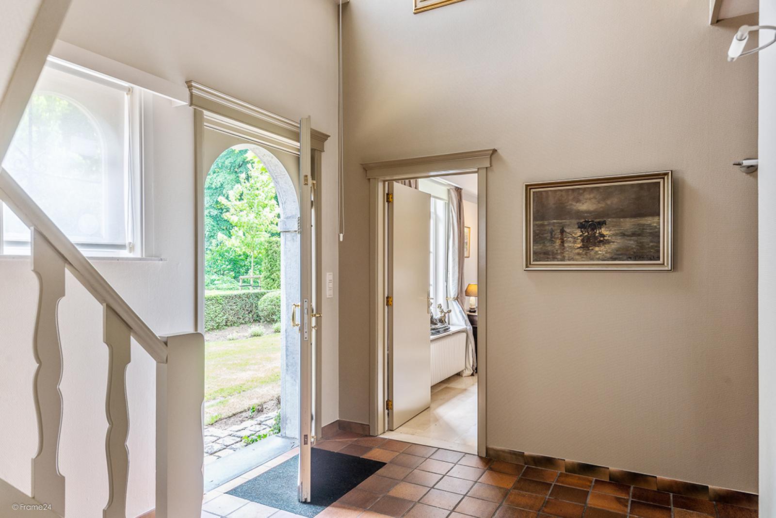 Charmante villa op toplocatie in Wijnegem met prachtige tuin.  afbeelding 10