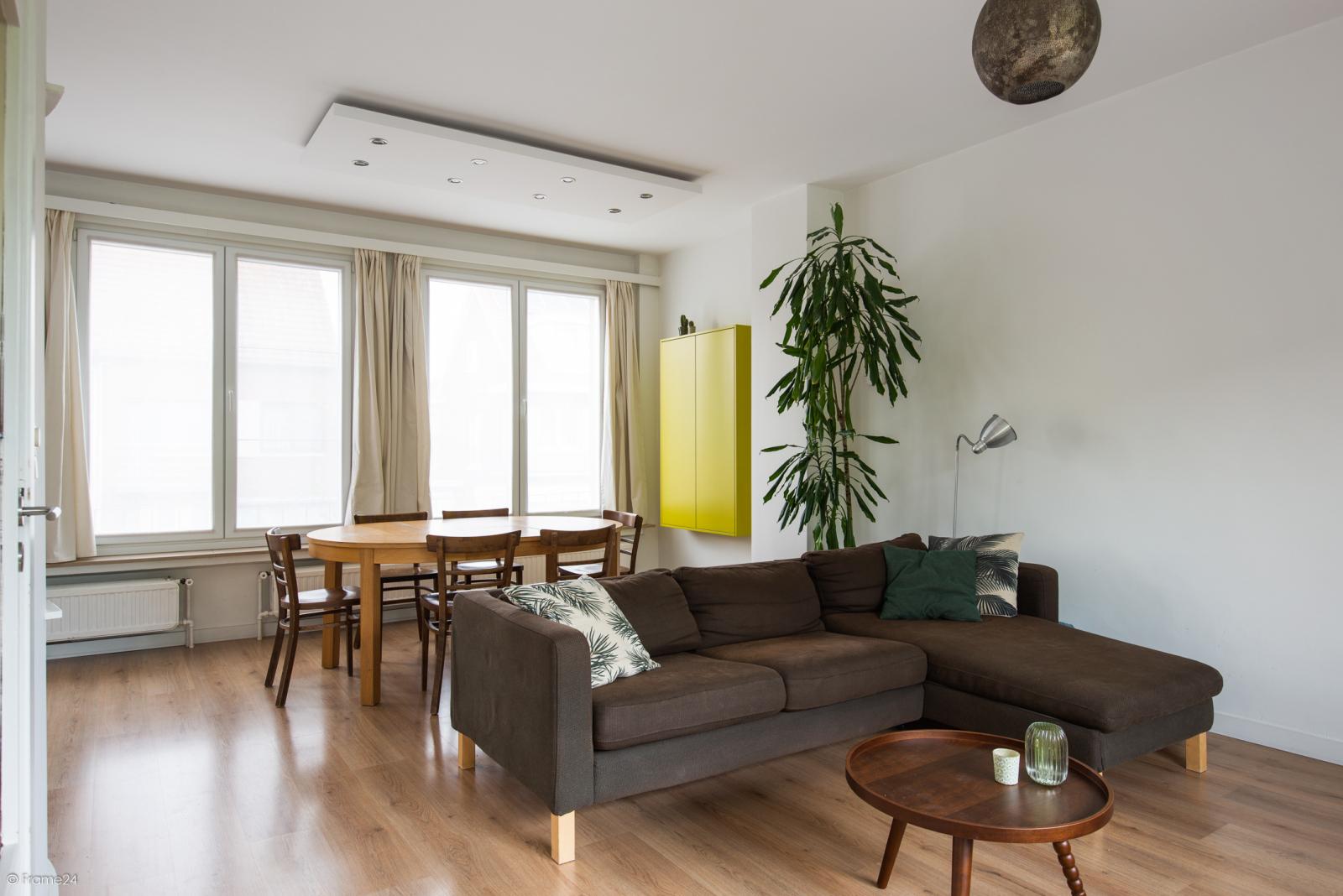 Ruime instapklare bel-étage met praktijkruimte te Kontich! afbeelding 8