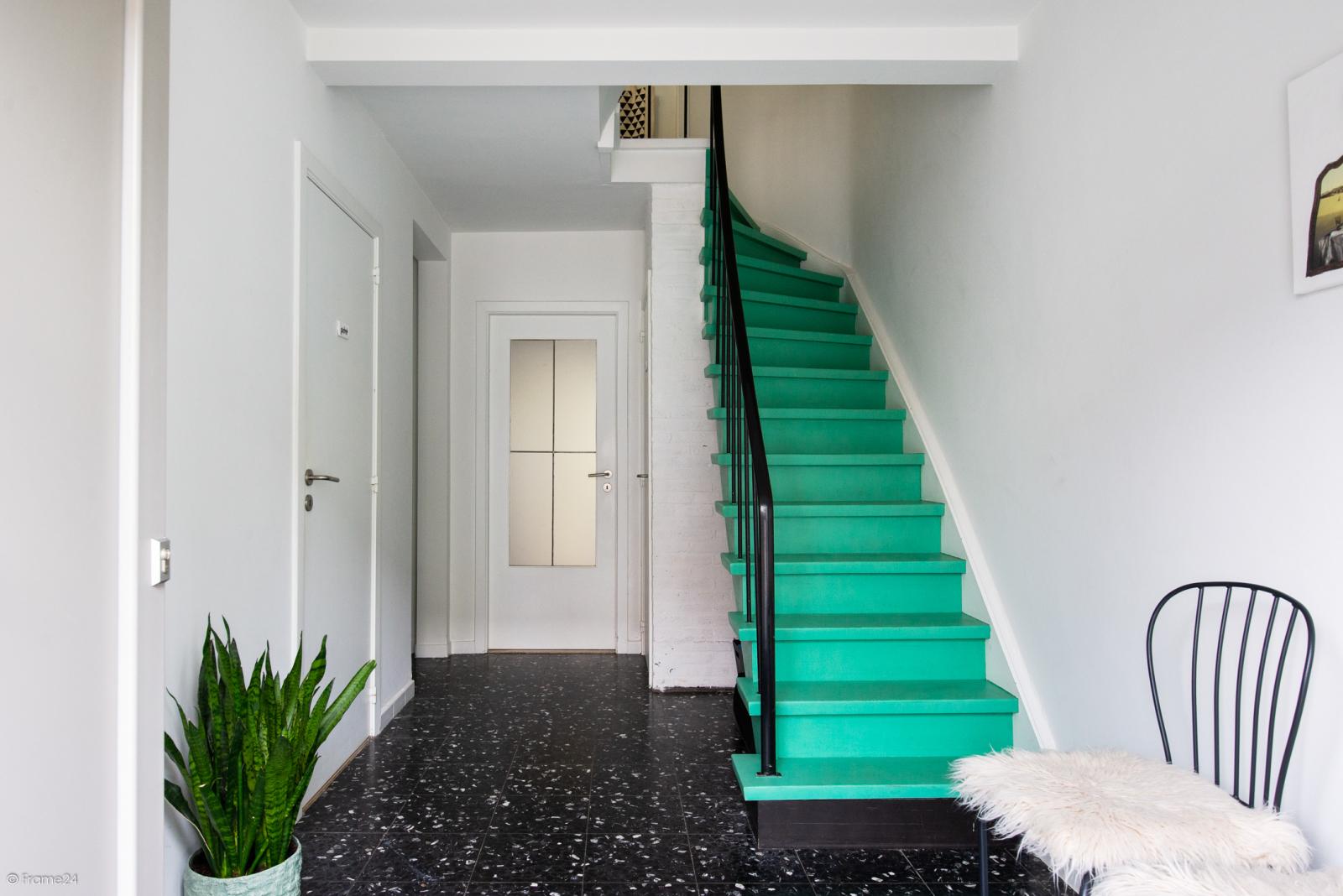 Ruime instapklare bel-étage met praktijkruimte te Kontich! afbeelding 3