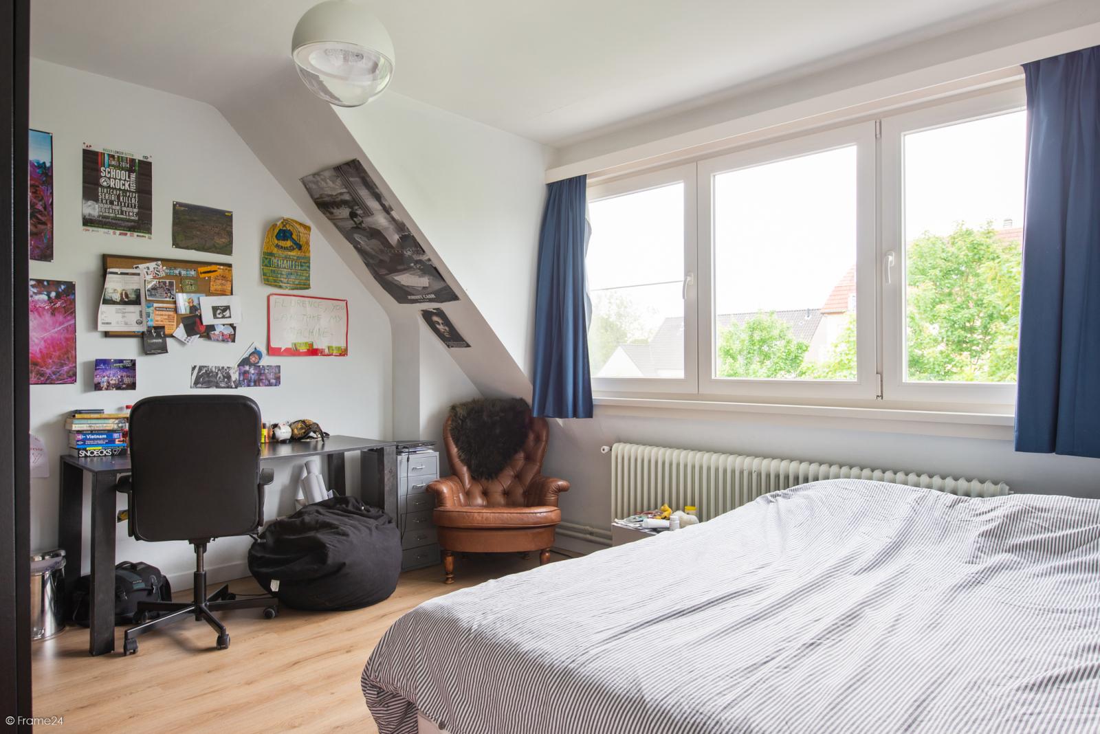 Ruime instapklare bel-étage met praktijkruimte te Kontich! afbeelding 15