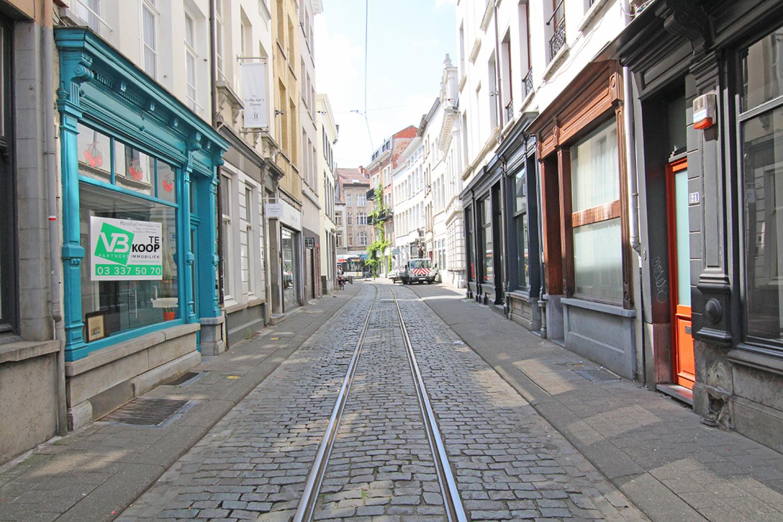 Mooi handelsgelijkvloers in het historisch stadscentrum! afbeelding 1